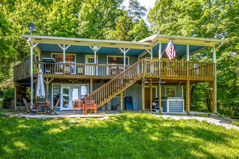 2115 Muddy Creek, Dandridge, Tennessee, United States 37725, 1 Bedroom Bedrooms, ,2 BathroomsBathrooms,Single Family,For Sale,Muddy Creek,1116257