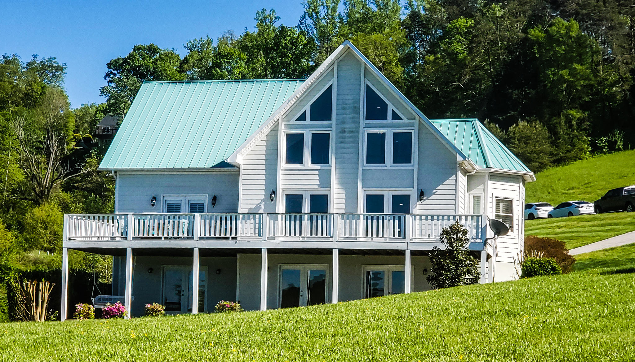 2440 Russell Bros Rd: