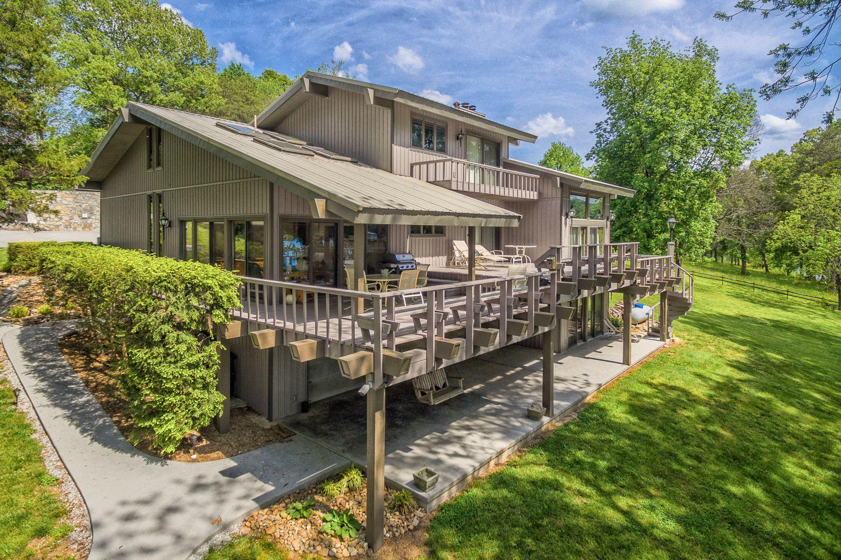770 Powell Valley Shores Circle: