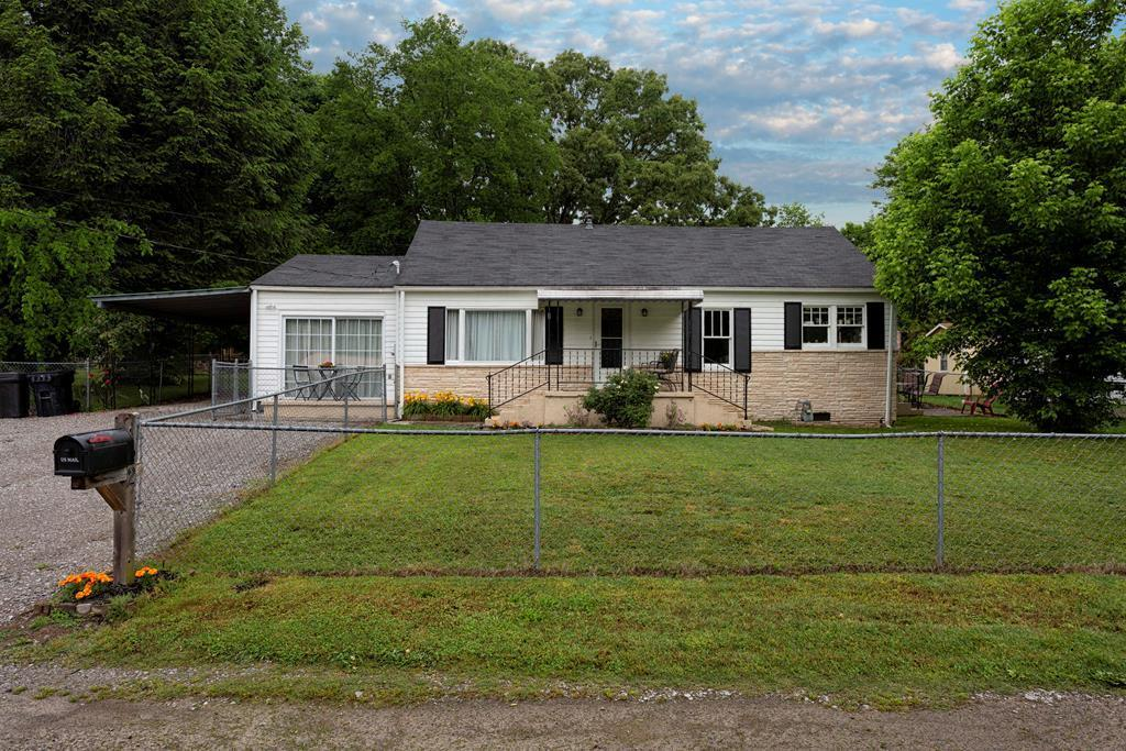 152 Pine, Dayton, Tennessee, United States 37321, 3 Bedrooms Bedrooms, ,2 BathroomsBathrooms,Single Family,For Sale,Pine,1117993