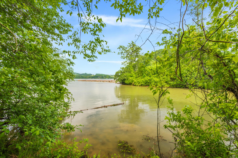 266 Lake Ferry Drive: