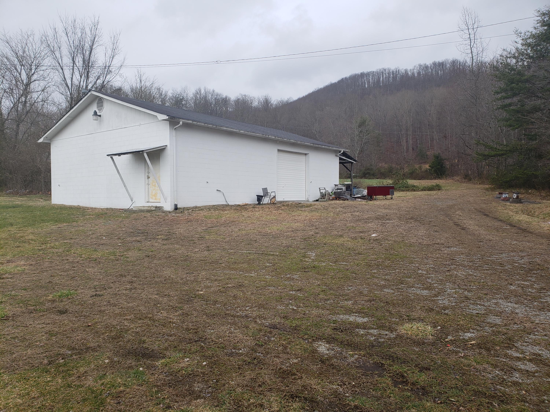 9111 Baker, Huntsville, Tennessee, United States 37756, ,Commercial,For Sale,Baker,1120209