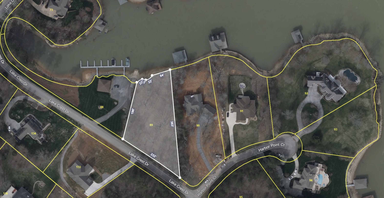 215 Lake Crest Drive:
