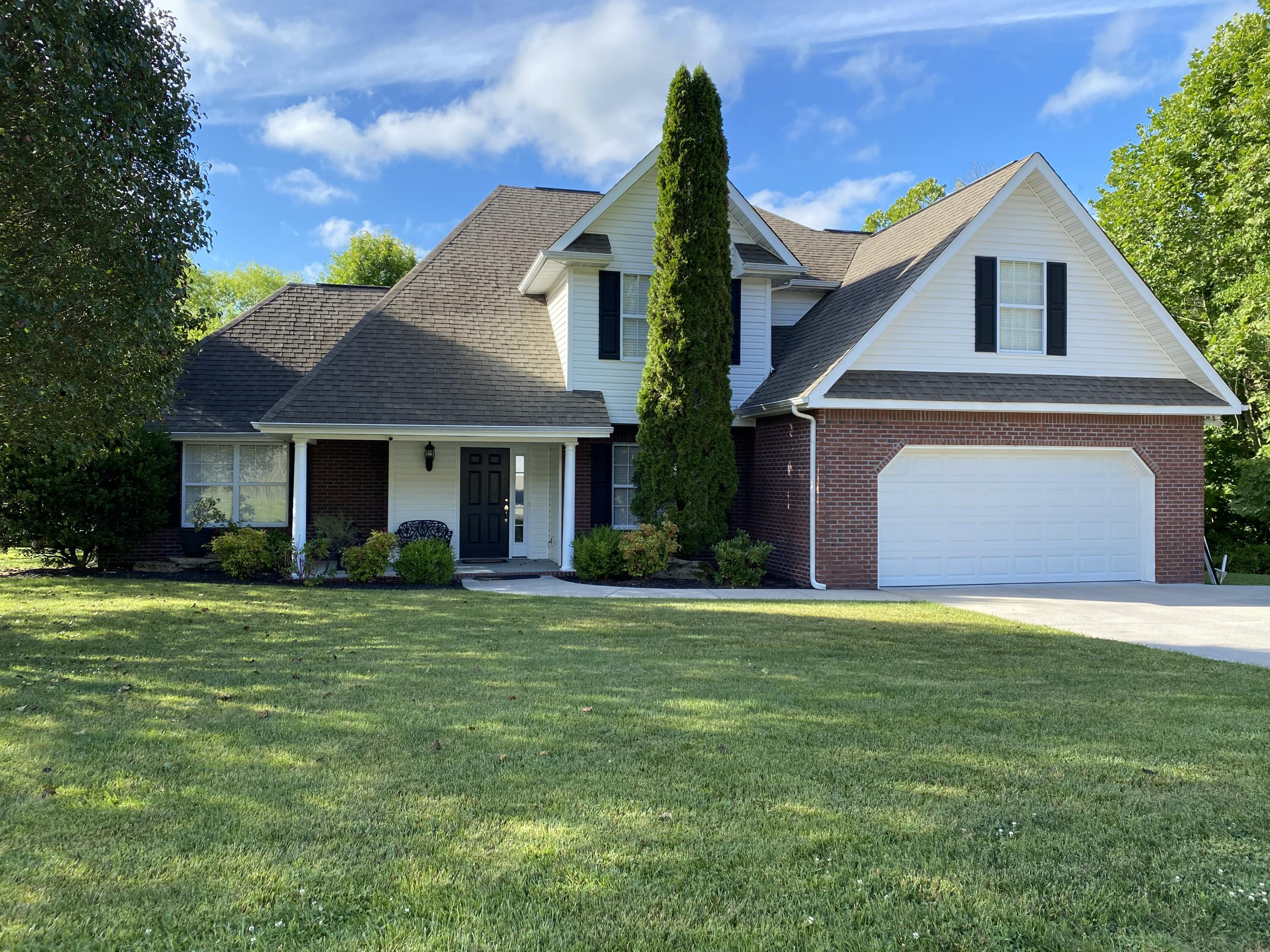 6856 Cardindale Drive, Knoxville, Tennessee 37918, 4 Bedrooms Bedrooms, ,2 BathroomsBathrooms,Single Family,For Sale,Cardindale,1120523