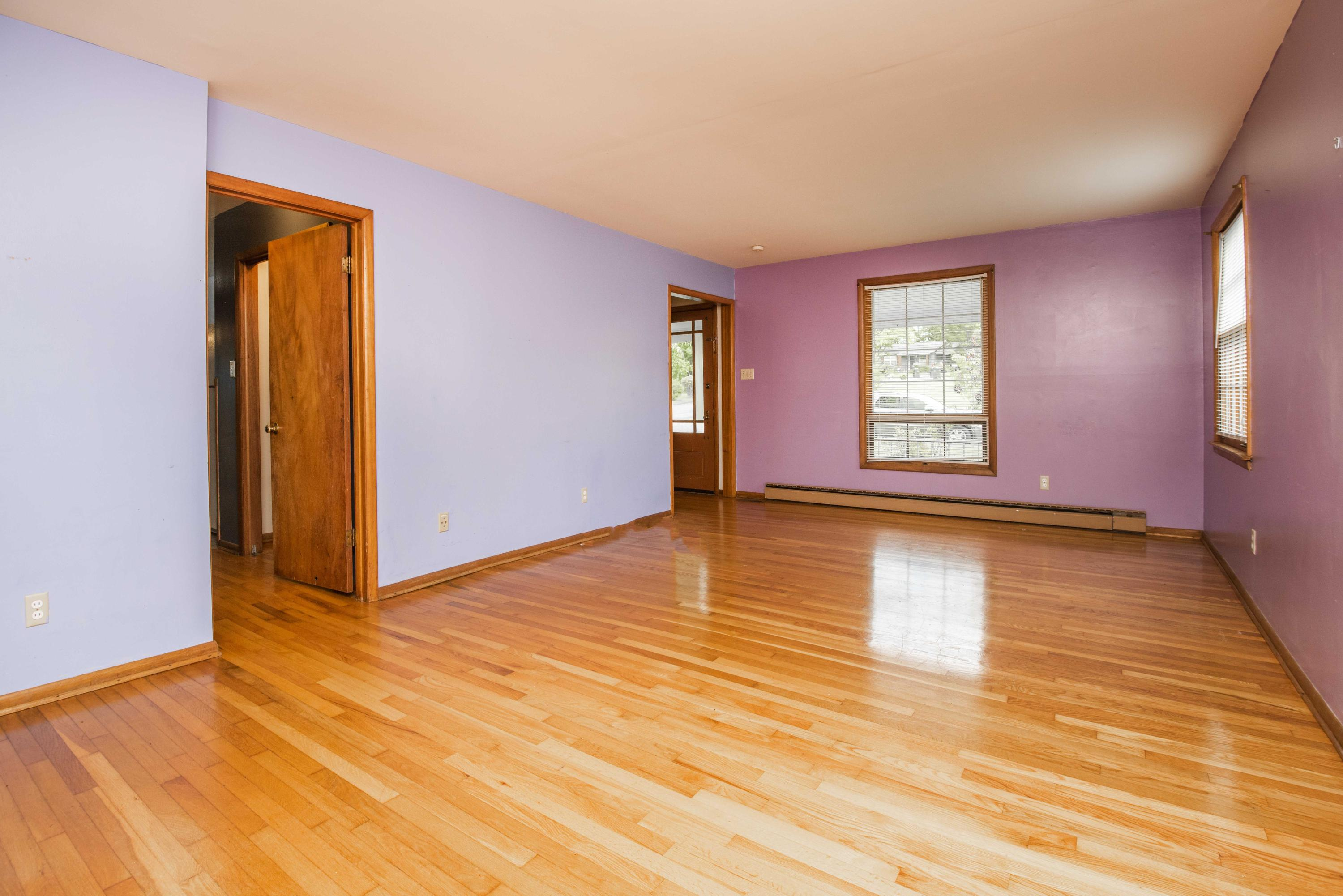 1028 Park, Knoxville, Tennessee, United States 37909, 3 Bedrooms Bedrooms, ,2 BathroomsBathrooms,Single Family,For Sale,Park,1120617