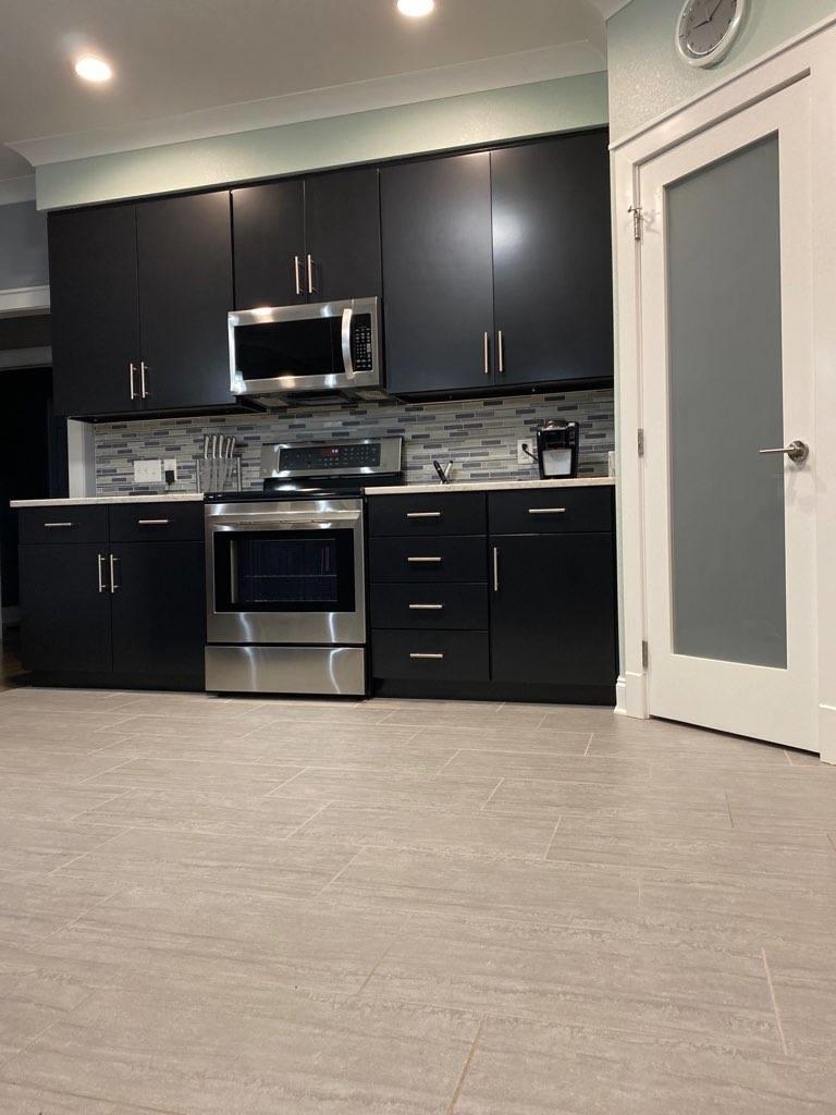794 Woodlake Blvd Blvd: