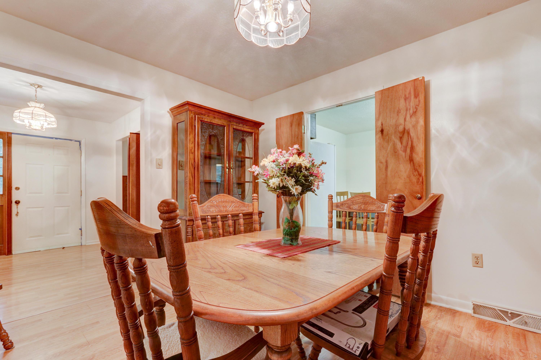 4419 Woodbine, Louisville, Tennessee, United States 37777, 3 Bedrooms Bedrooms, ,2 BathroomsBathrooms,Single Family,For Sale,Woodbine,1121647