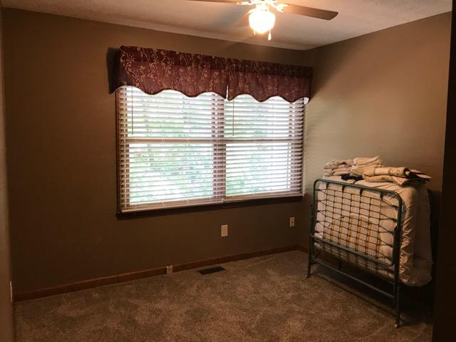 4427 Washington, Knoxville, Tennessee, United States 37917, 2 Bedrooms Bedrooms, ,2 BathroomsBathrooms,Single Family,For Sale,Washington,1121648
