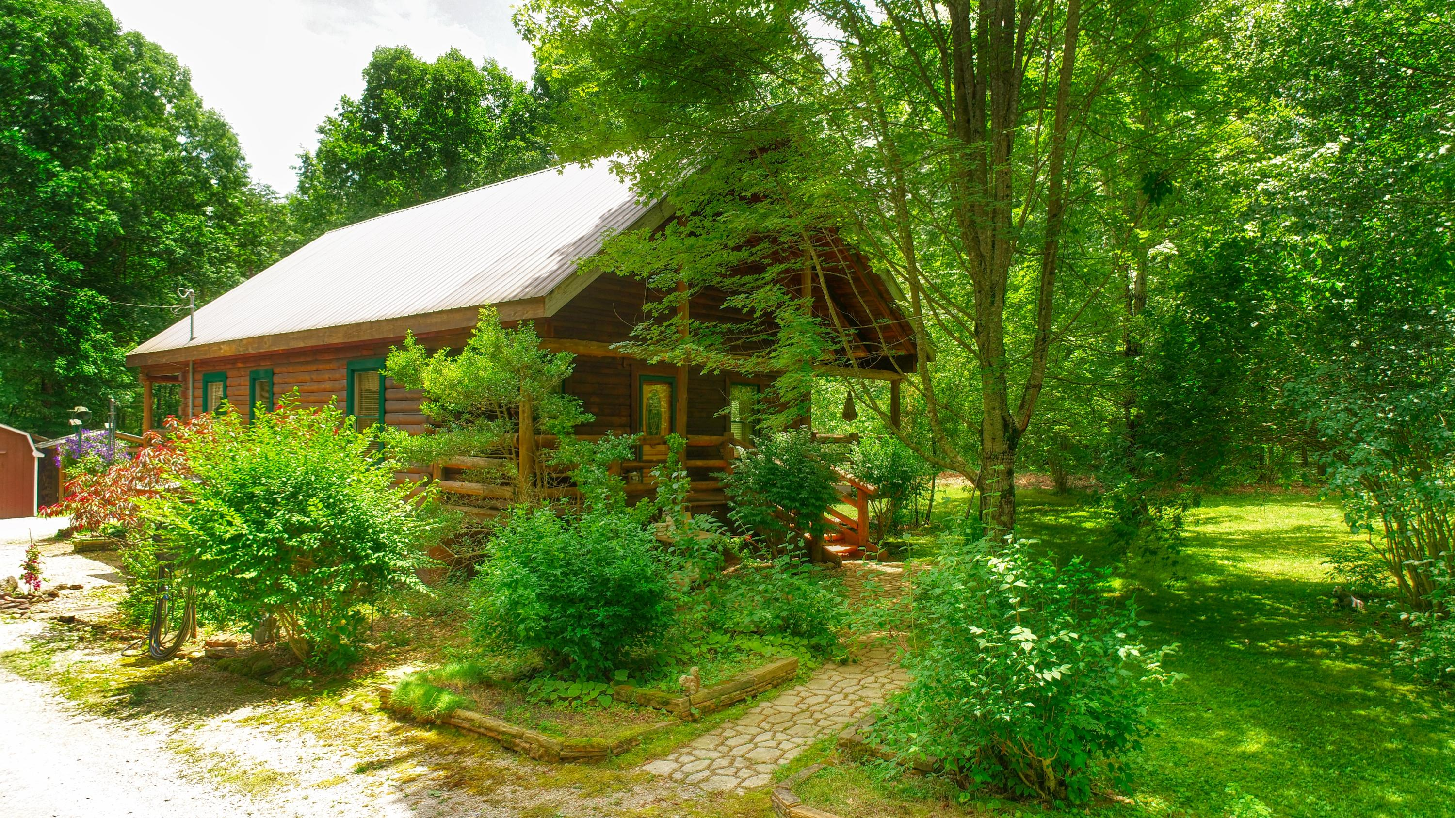 259 Hundred Oaks, Jamestown, Tennessee, United States 38556, 2 Bedrooms Bedrooms, ,1 BathroomBathrooms,Single Family,For Sale,Hundred Oaks,1121645
