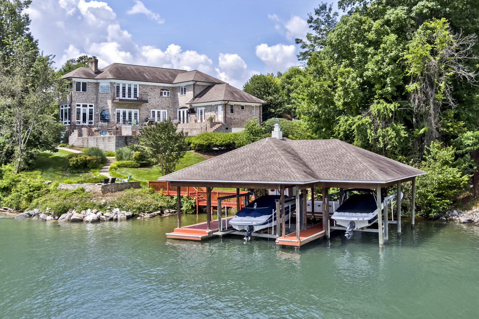 120 Turtle Cove Court: