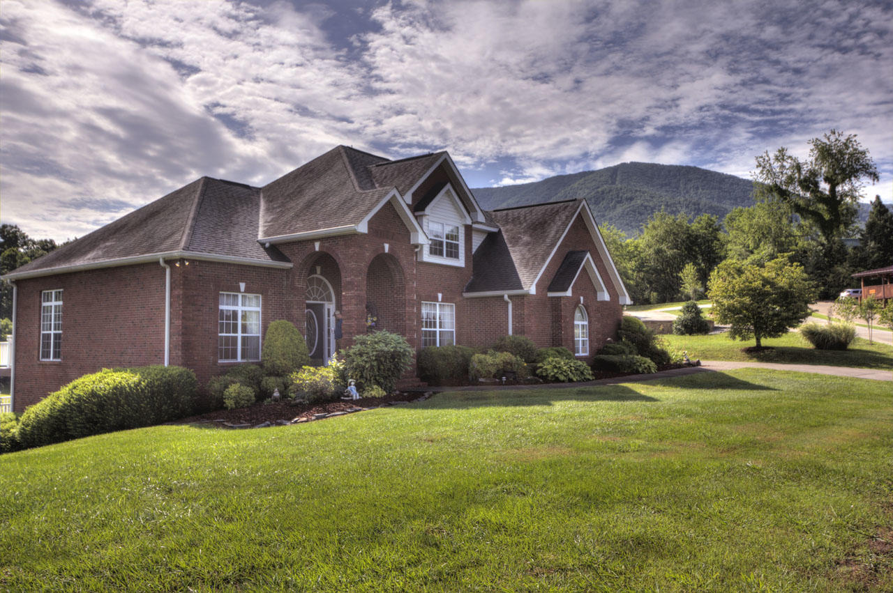 3436 Cove Meadows Dr., Pigeon Forge, Tennessee, United States 37862, 3 Bedrooms Bedrooms, ,4 BathroomsBathrooms,Single Family,For Sale,Cove Meadows Dr.,1122198