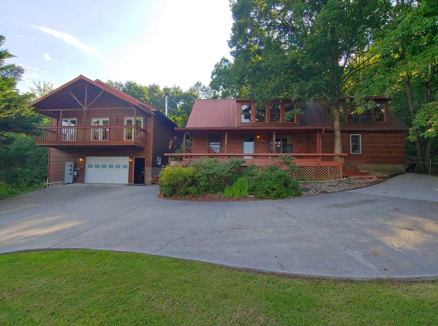 2209 Henderson Springs, Pigeon Forge, Tennessee, United States 37863, 6 Bedrooms Bedrooms, ,5 BathroomsBathrooms,Single Family,For Sale,Henderson Springs,1122195