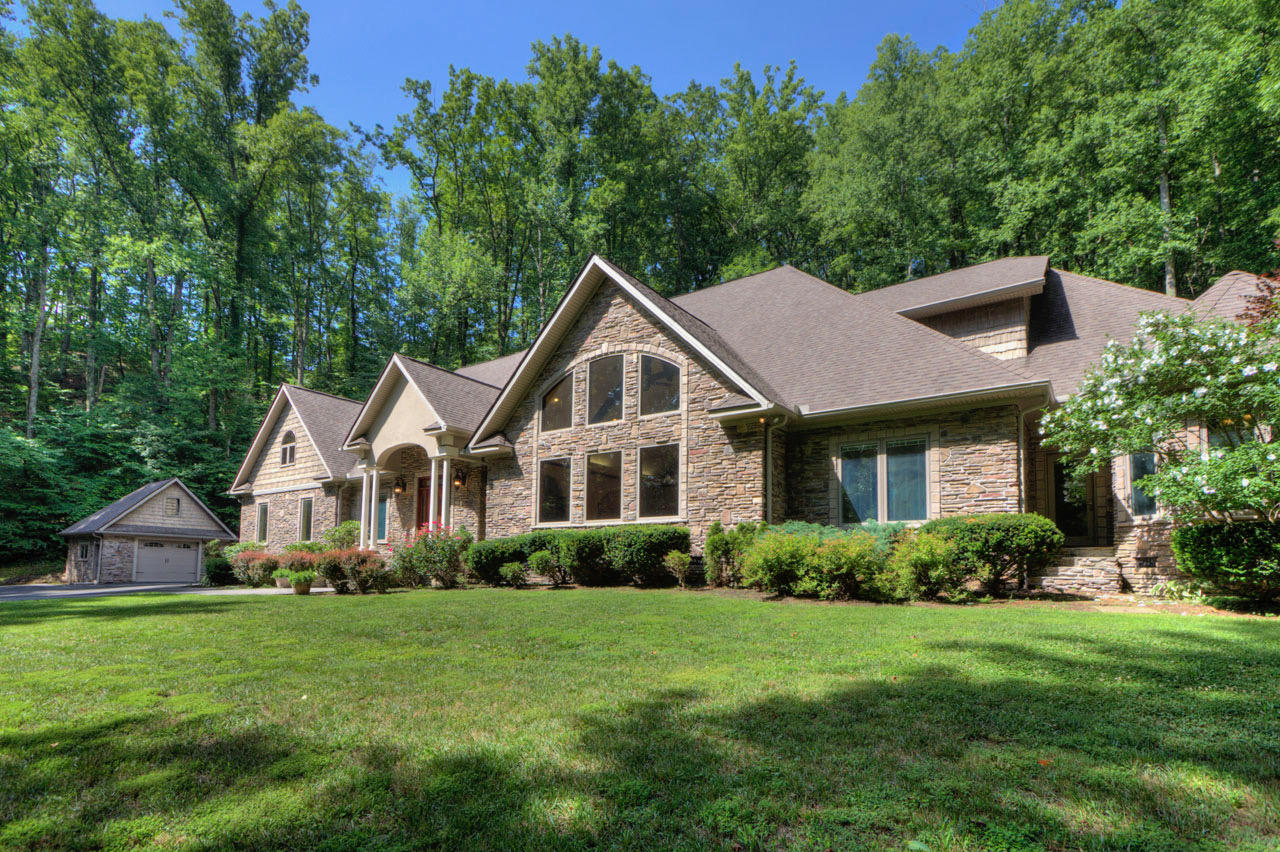 4164 Burning Tree Ln, Sevierville, Tennessee, United States 37862, 4 Bedrooms Bedrooms, ,5 BathroomsBathrooms,Single Family,For Sale,Burning Tree Ln,1122201
