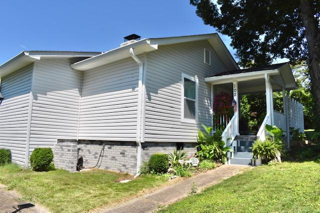 102 Maiden Lane, Oak Ridge, Tennessee, United States 37830, 3 Bedrooms Bedrooms, ,2 BathroomsBathrooms,Single Family,For Sale,Maiden Lane,1122205