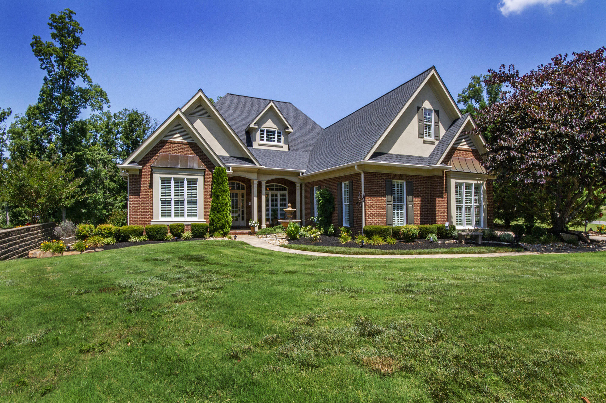 155 Skyview Drive, Lenoir City, Tennessee 37772, 4 Bedrooms Bedrooms, ,3 BathroomsBathrooms,Single Family,For Sale,Skyview,1122236