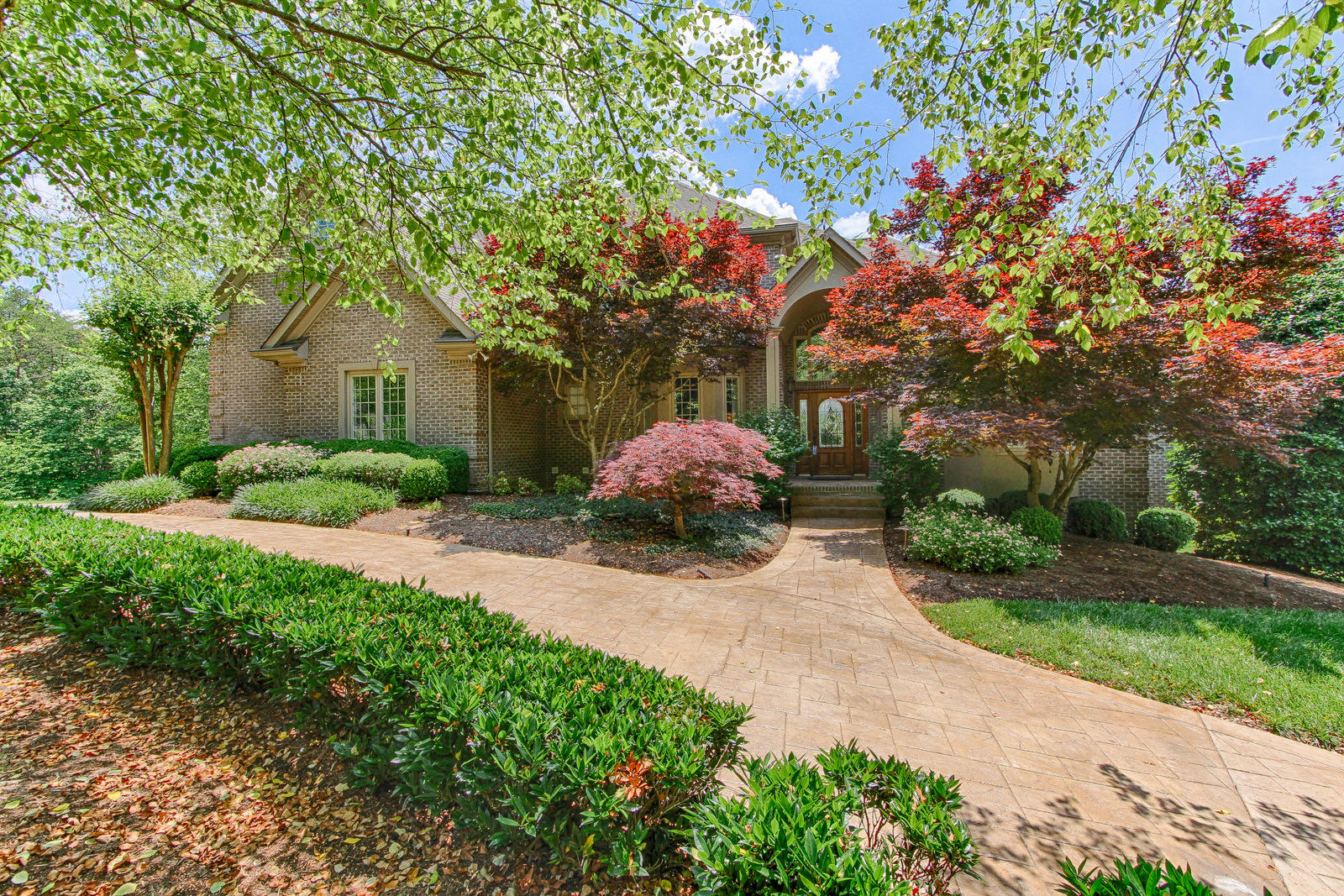 5304 Rio Vista, Knoxville, Tennessee, United States 37919, 6 Bedrooms Bedrooms, ,4 BathroomsBathrooms,Single Family,For Sale,Rio Vista,1122389