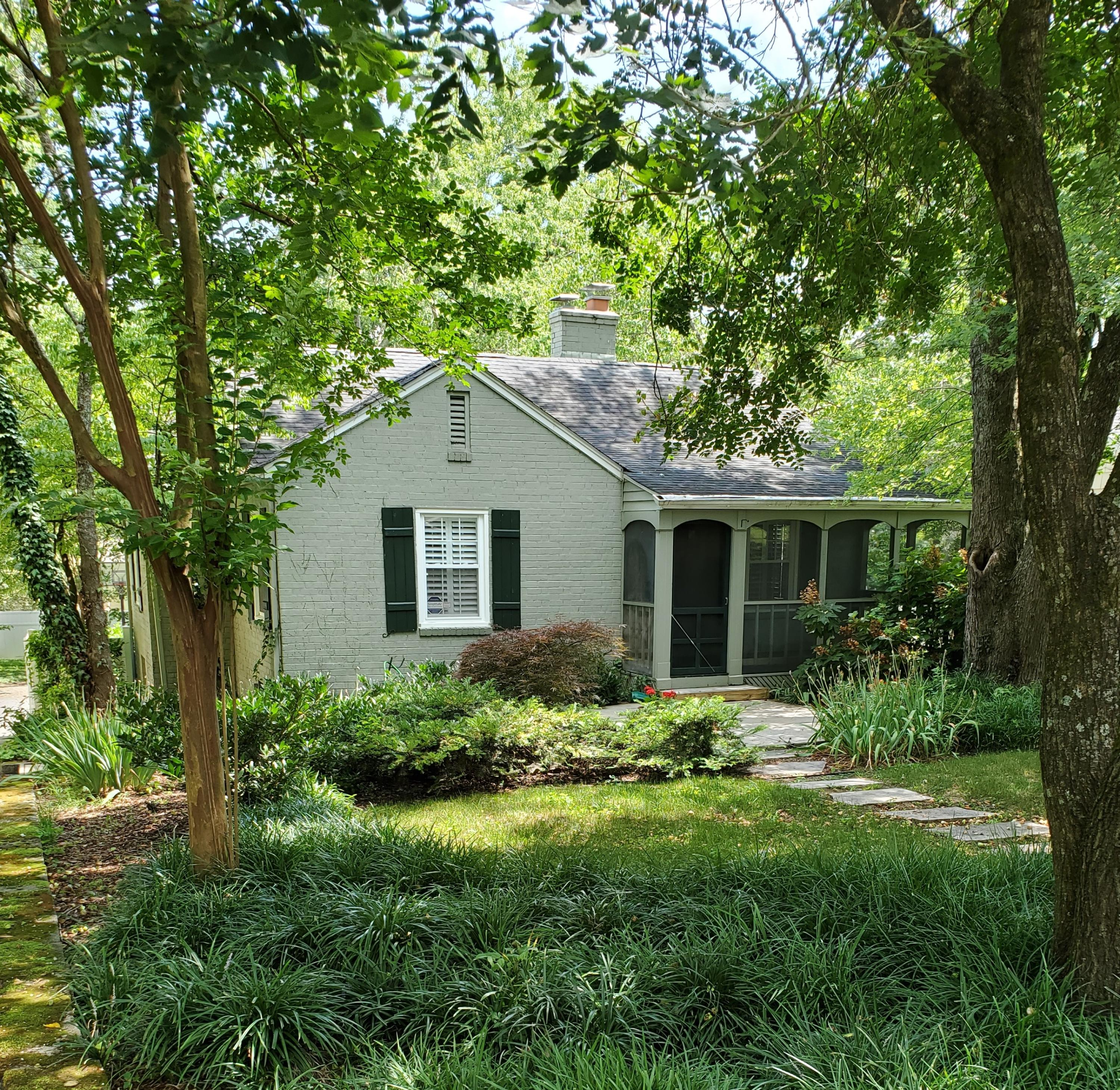 3848 Sequoyah, Knoxville, Tennessee, United States 37919, 3 Bedrooms Bedrooms, ,2 BathroomsBathrooms,Single Family,For Sale,Sequoyah,1122887