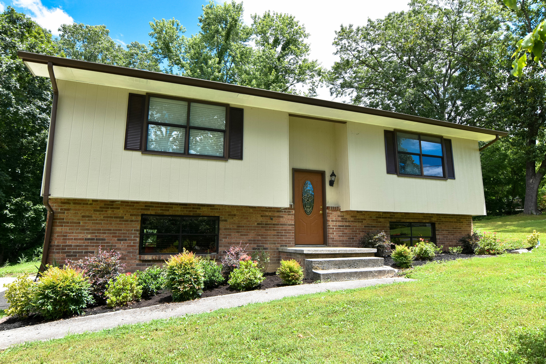 1009 Leland, Rockwood, Tennessee, United States 37854, 3 Bedrooms Bedrooms, ,2 BathroomsBathrooms,Single Family,For Sale,Leland,1122646