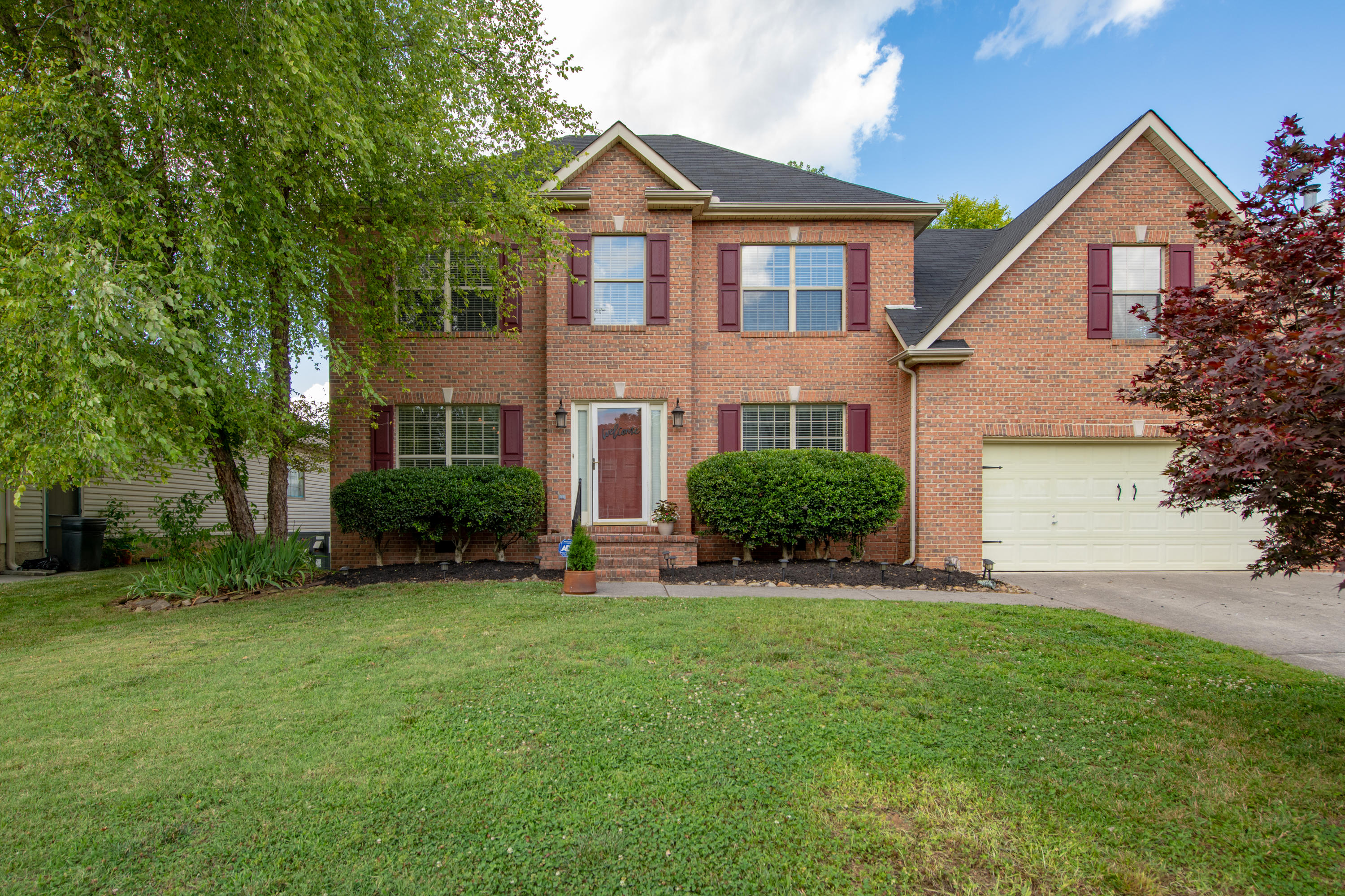 10043 Highgate, Knoxville, Tennessee, United States 37931, 3 Bedrooms Bedrooms, ,2 BathroomsBathrooms,Single Family,For Sale,Highgate,1122945