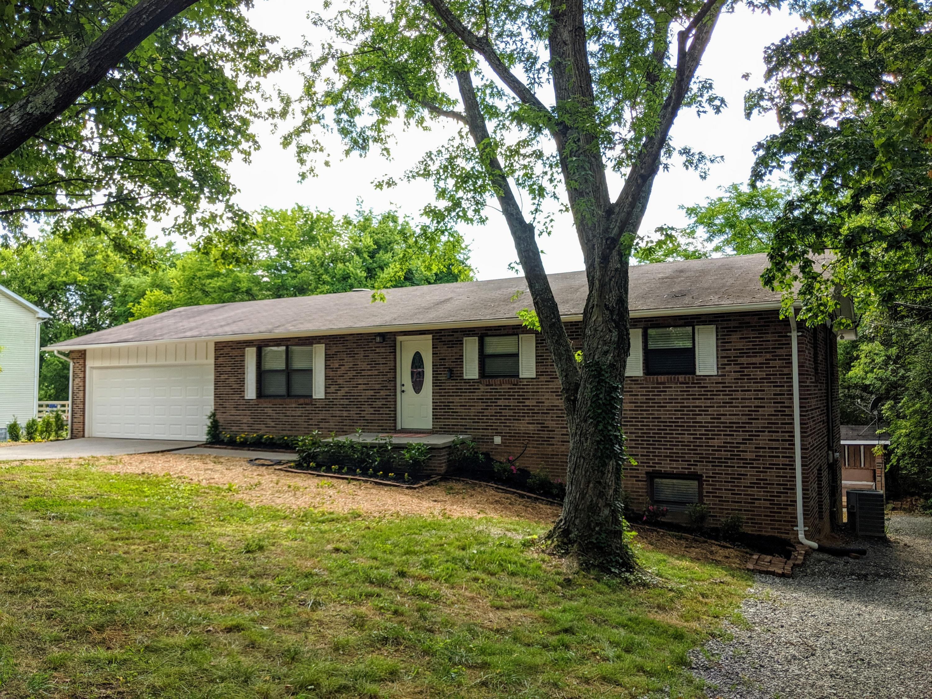 1551 Clendenen, Maryville, Tennessee, United States 37801, 3 Bedrooms Bedrooms, ,3 BathroomsBathrooms,Single Family,For Sale,Clendenen,1123037