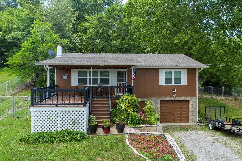 864 Scenic Lakeview, Spring City, Tennessee, United States 37381, 2 Bedrooms Bedrooms, ,1 BathroomBathrooms,Single Family,For Sale,Scenic Lakeview,1123060