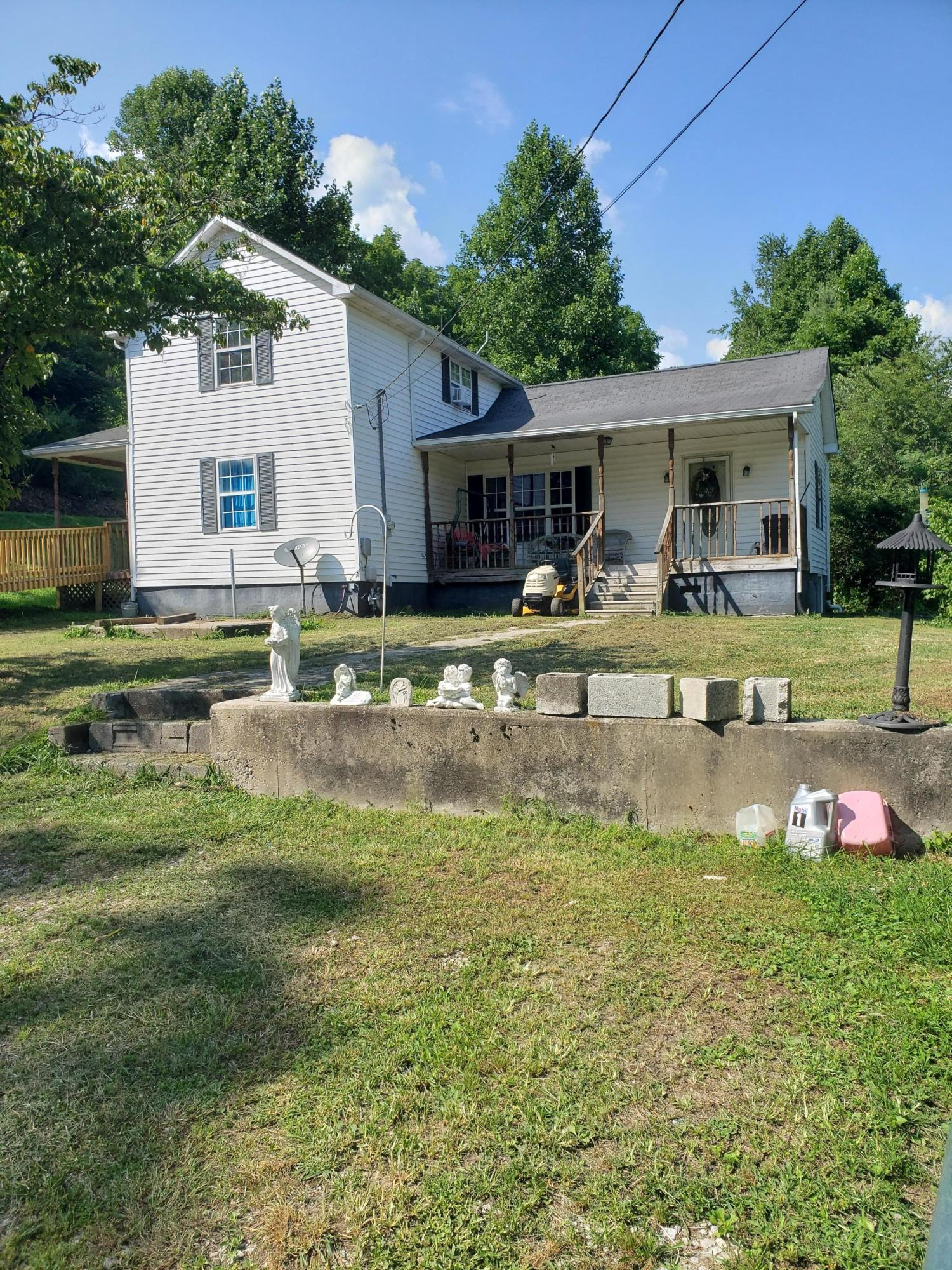 219 Lum Webb, Lancing, Tennessee, United States 37770, 3 Bedrooms Bedrooms, ,1 BathroomBathrooms,Single Family,For Sale,Lum Webb,1123482
