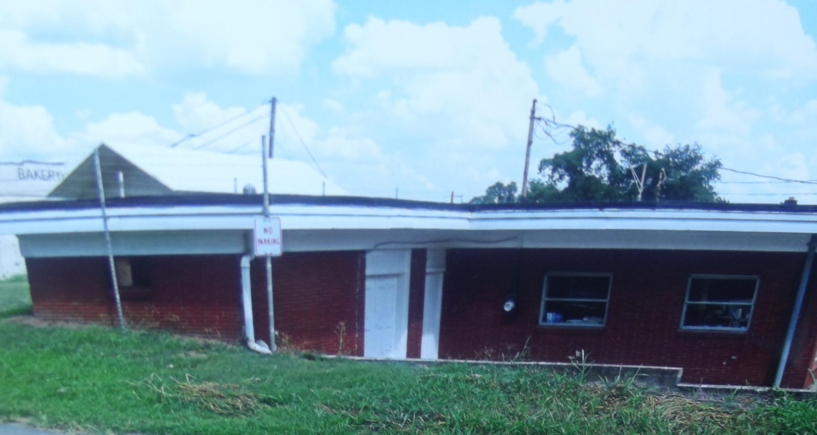 108 & 110 Church St, Madisonville, Tennessee 37354, ,Commercial,For Sale,Church,1123610