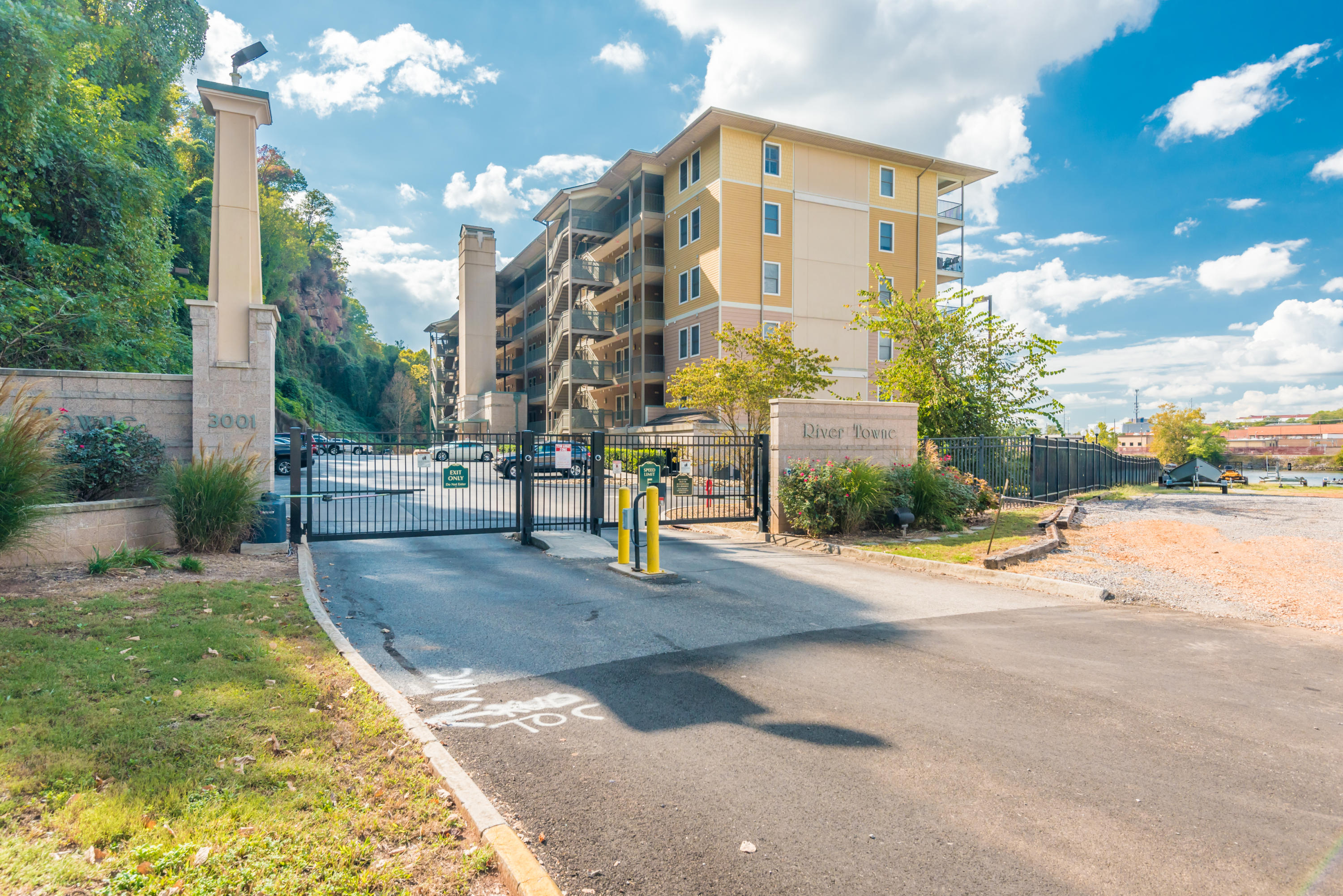 3001 River Towne Way Apt 109: