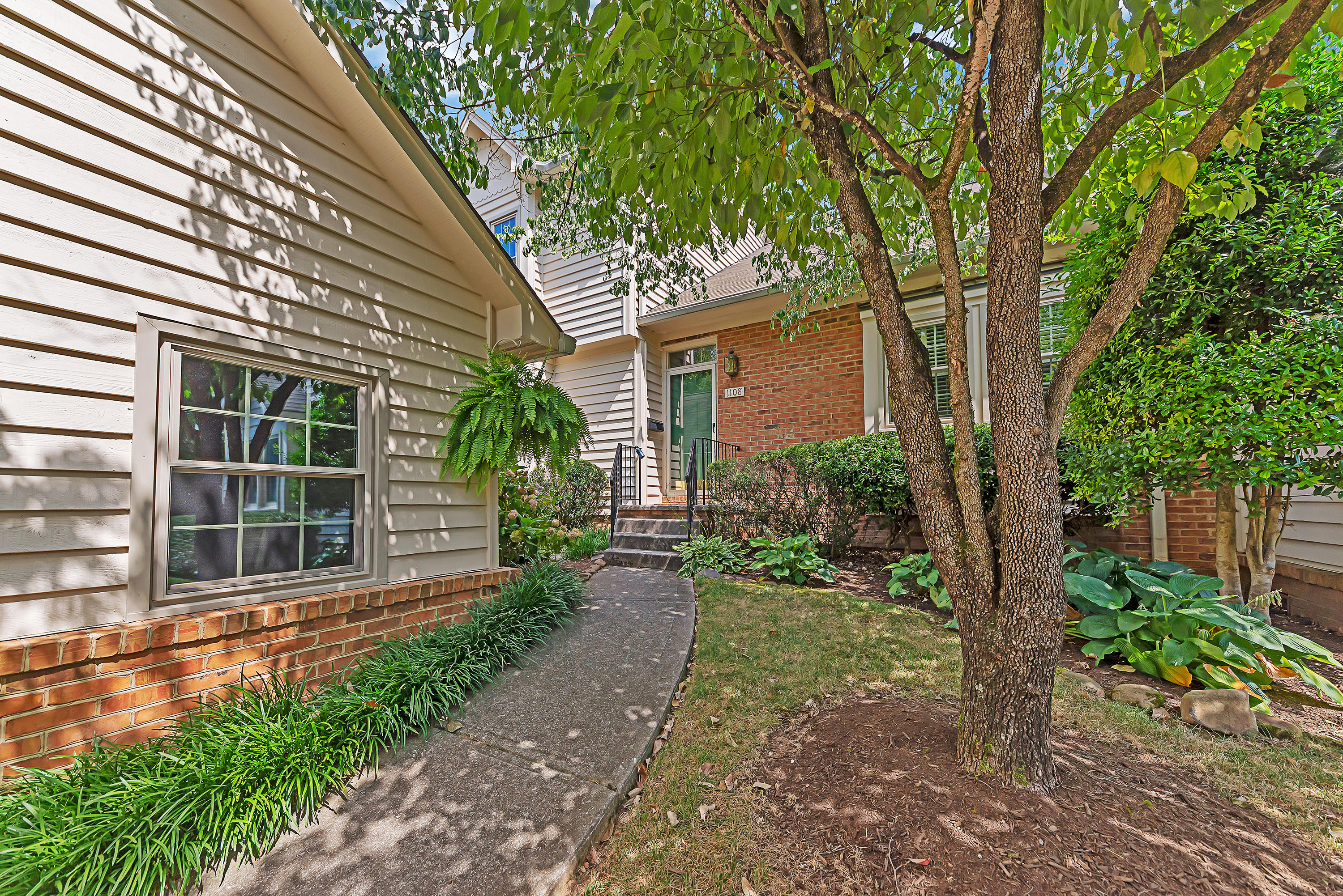 1108 GREYWOOD DRIVE, KNOXVILLE, TN 37923 - The Hughes Properties Realty  Executives Associates