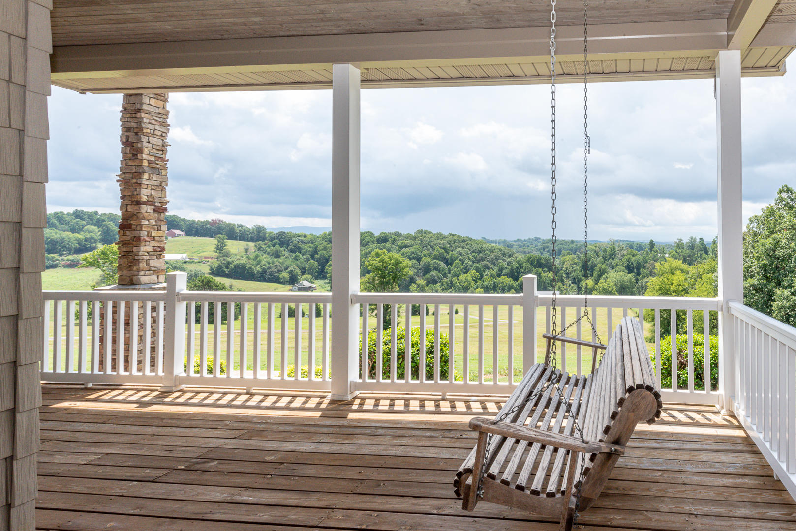 1190 Kenny Brook, Greenback, Tennessee, United States 37742, 4 Bedrooms Bedrooms, ,4 BathroomsBathrooms,Single Family,For Sale,Kenny Brook,1125149
