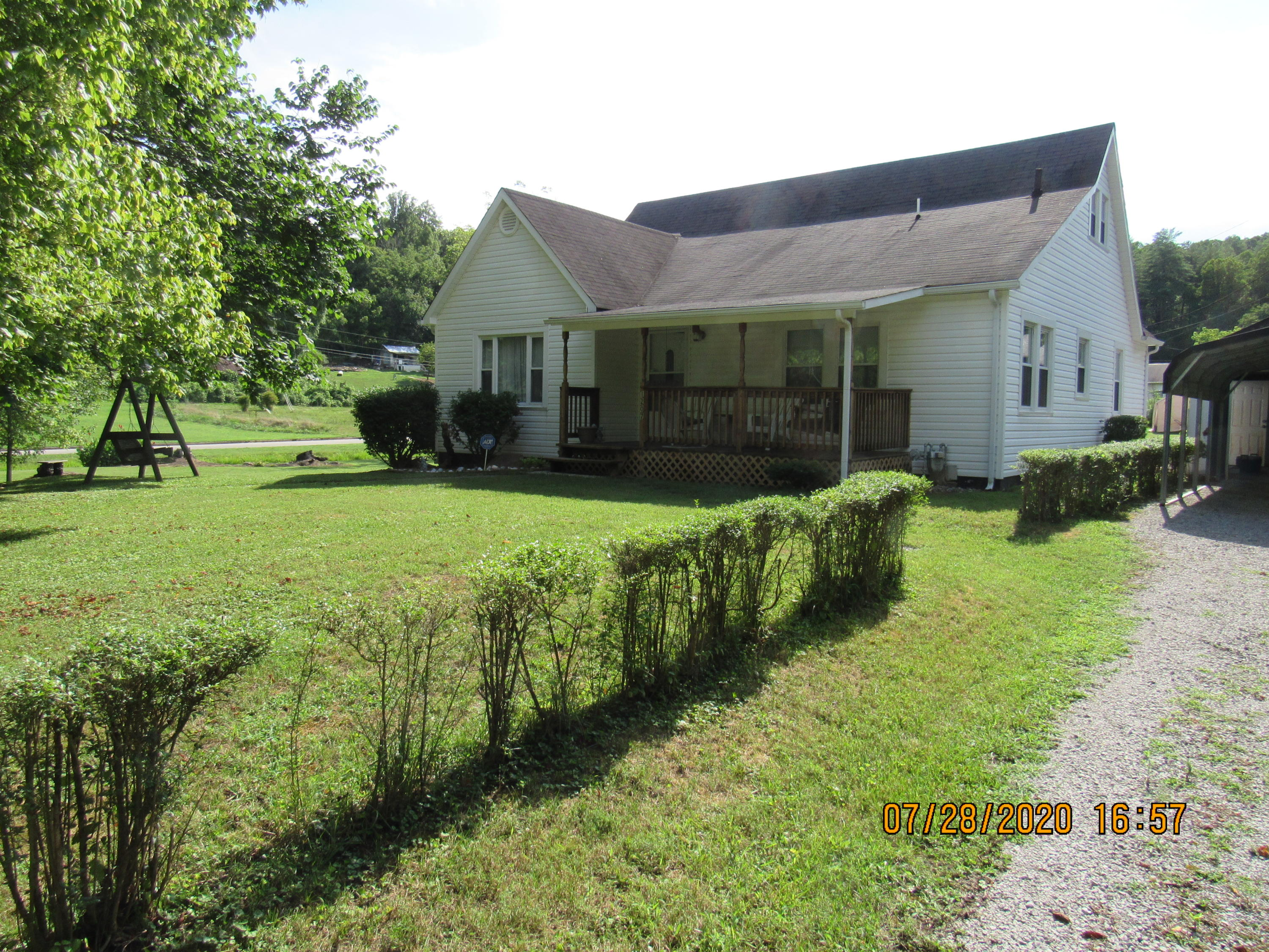 1207 Spring, Lancing, Tennessee, United States 37770, 3 Bedrooms Bedrooms, ,1 BathroomBathrooms,Single Family,For Sale,Spring,1125191