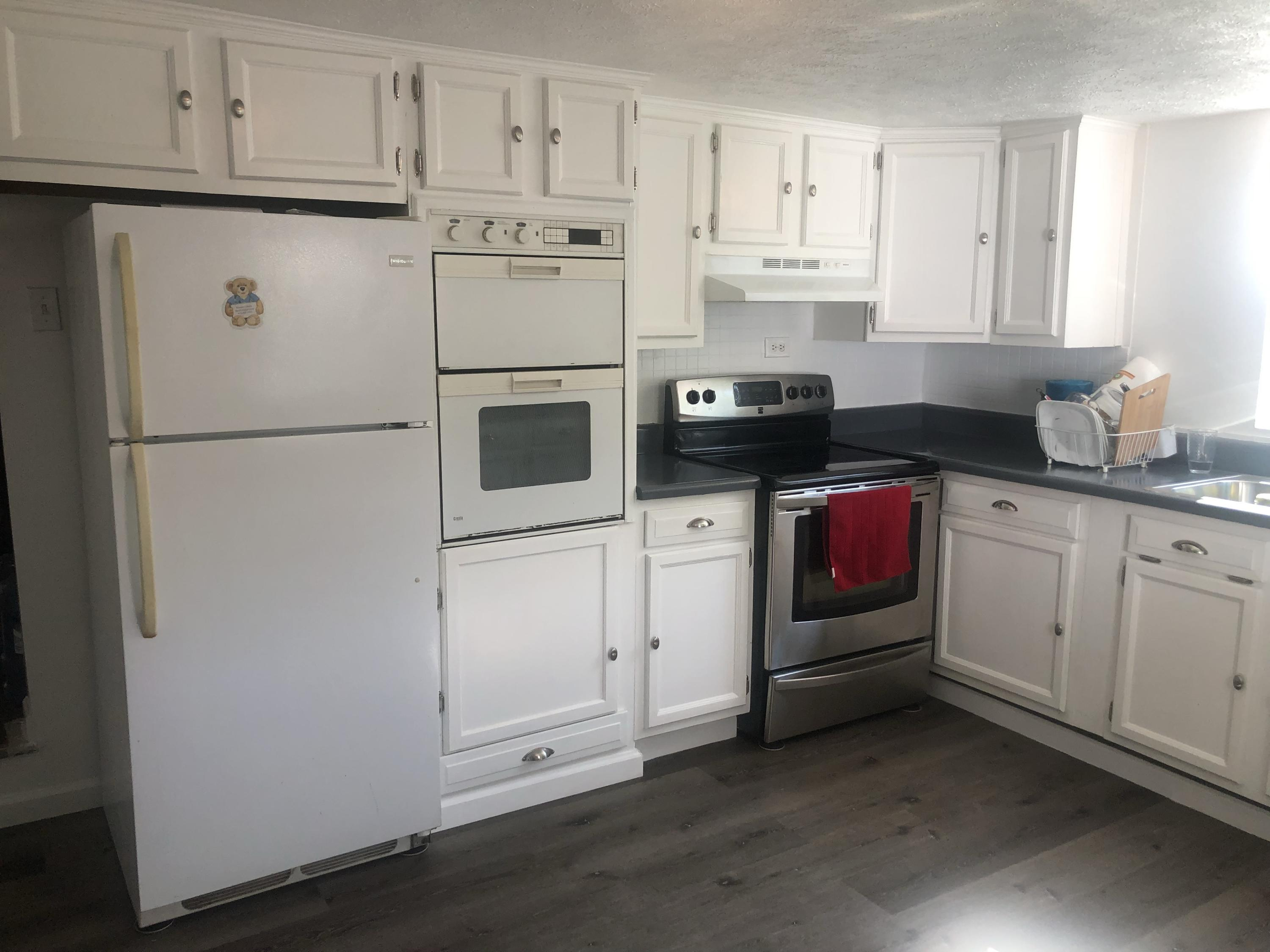 116 Dixon St, Sweetwater, Tennessee 37874, 3 Bedrooms Bedrooms, ,2 BathroomsBathrooms,Single Family,For Sale,Dixon,1125538