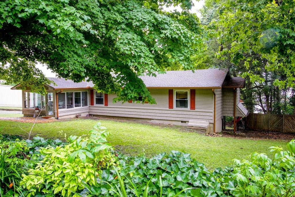 355 Main Street, Decatur, Tennessee, United States 37322, 3 Bedrooms Bedrooms, ,2 BathroomsBathrooms,Single Family,For Sale,Main Street,1125455