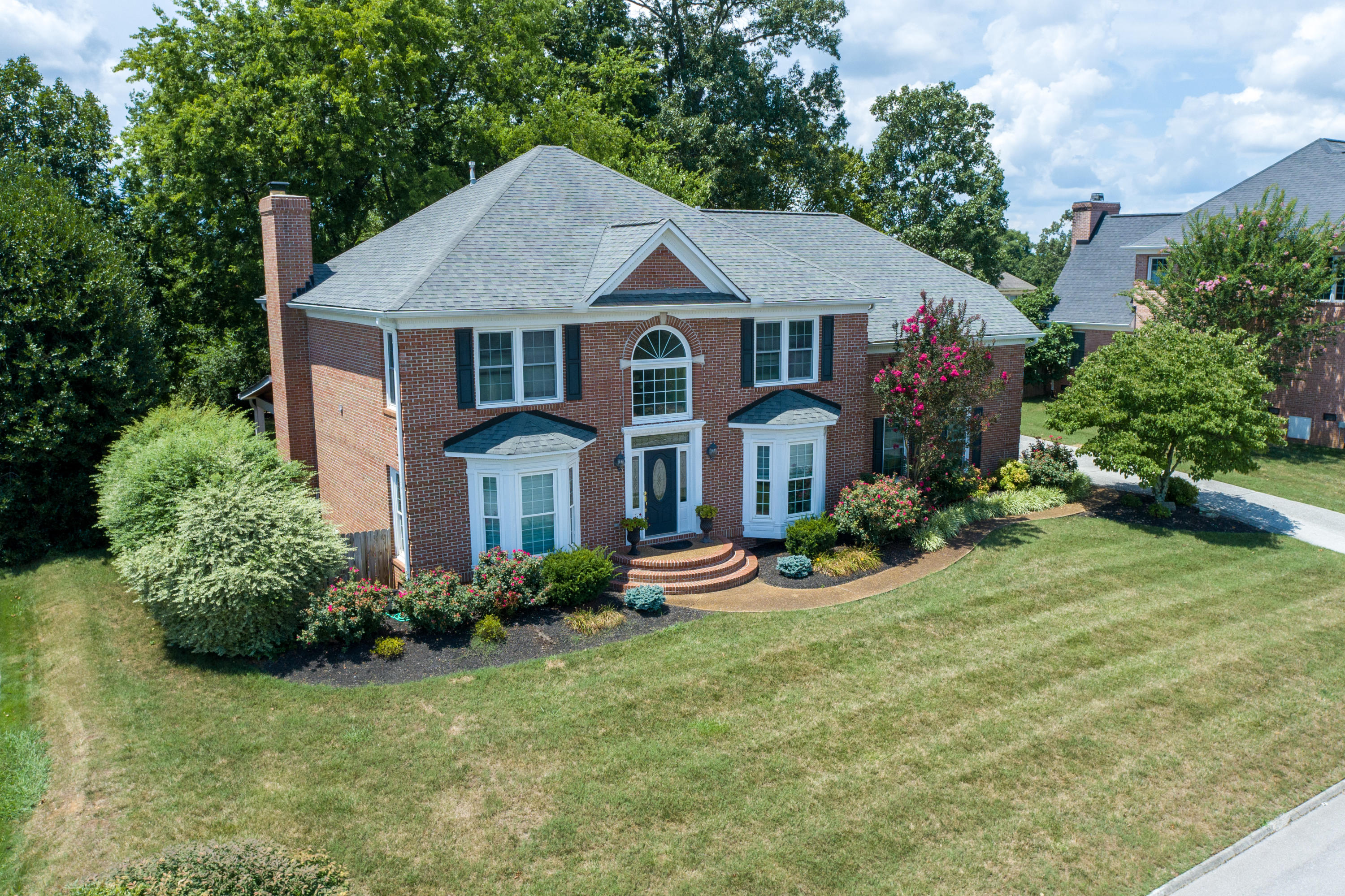 1809 Royal Harbor, Knoxville, Tennessee, United States 37922, 5 Bedrooms Bedrooms, ,4 BathroomsBathrooms,Single Family,For Sale,Royal Harbor,1125681