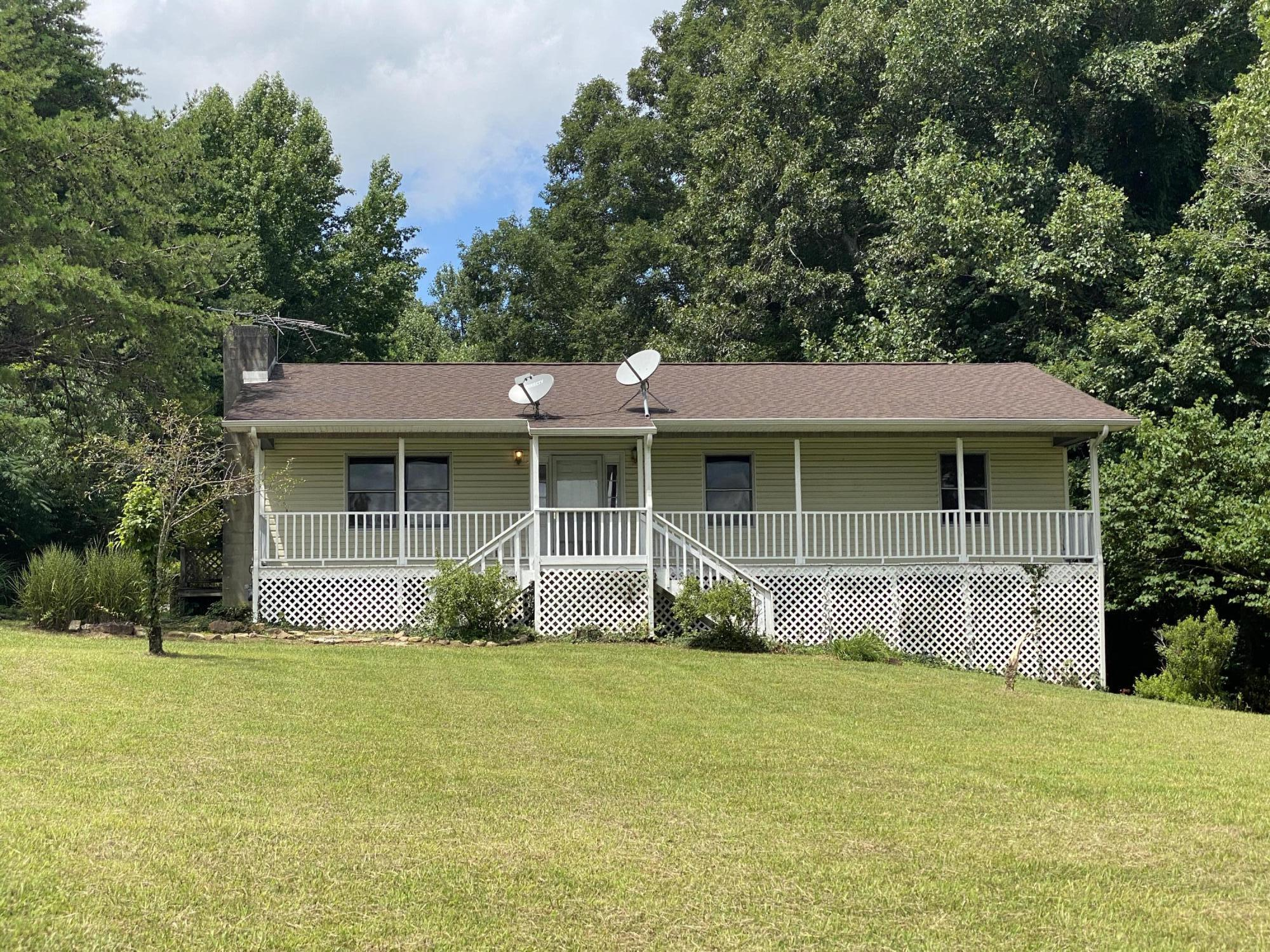 139 Money, Caryville, Tennessee, United States 37714, 3 Bedrooms Bedrooms, ,2 BathroomsBathrooms,Single Family,For Sale,Money,1125759