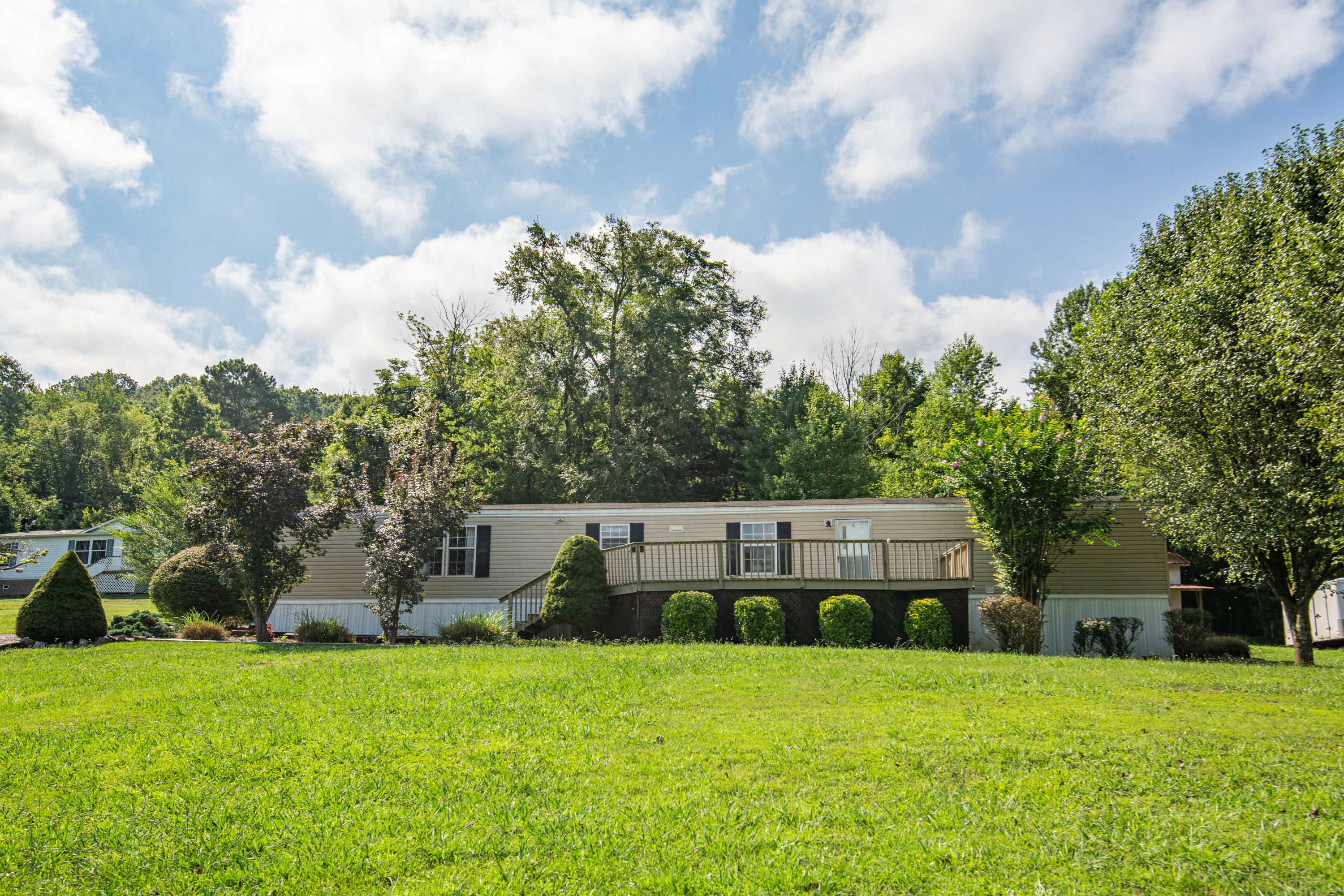 540 Catlett, Kodak, Tennessee, United States 37764, 3 Bedrooms Bedrooms, ,2 BathroomsBathrooms,Single Family,For Sale,Catlett,1125789