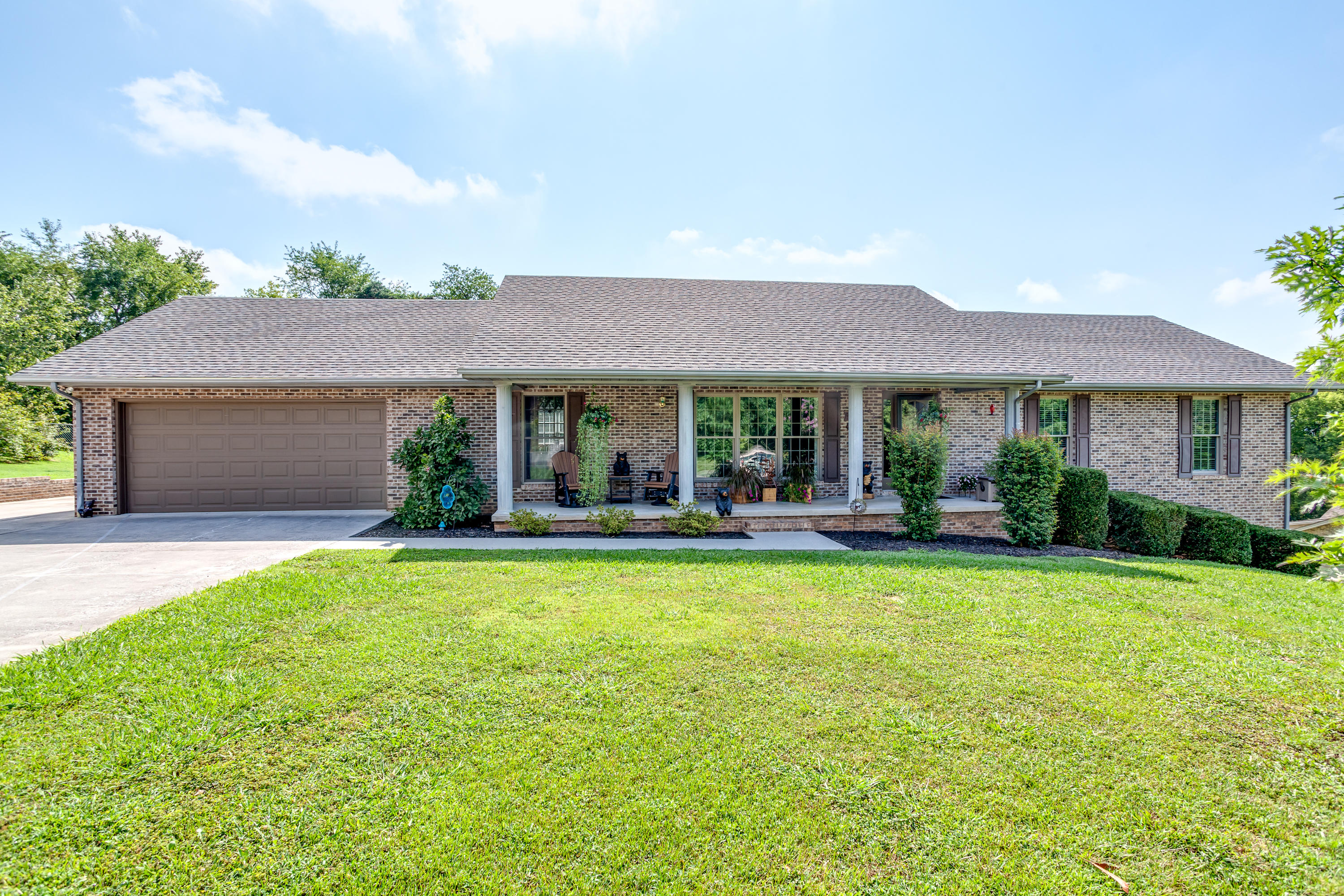 712 Clydesdale, Seymour, Tennessee, United States 37865, 3 Bedrooms Bedrooms, ,3 BathroomsBathrooms,Single Family,For Sale,Clydesdale,1125805