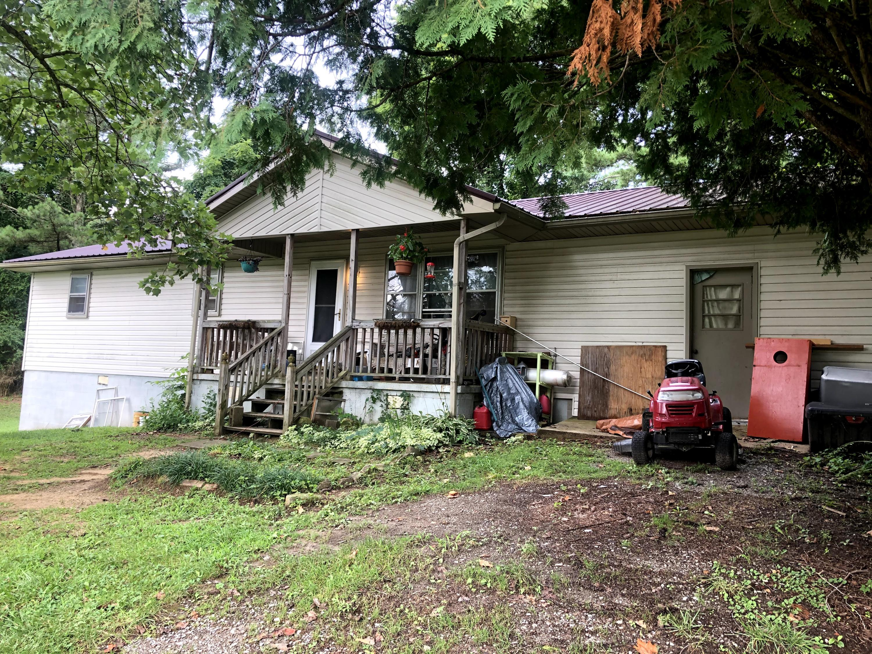 2112 Meadowview, Jamestown, Tennessee, United States 38556, 3 Bedrooms Bedrooms, ,1 BathroomBathrooms,Single Family,For Sale,Meadowview,1125803