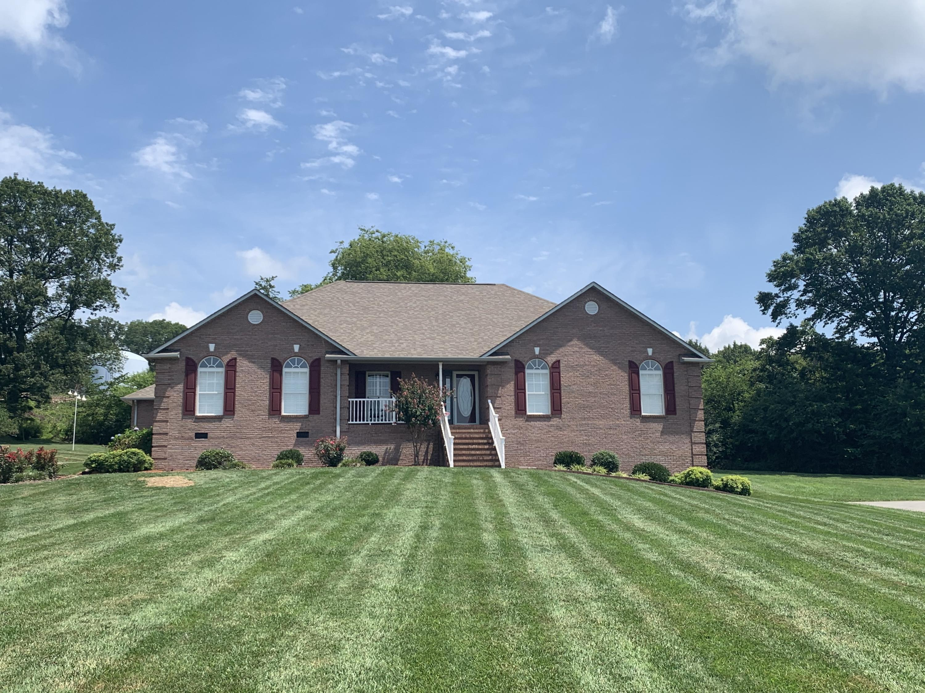 3009 Hampton, Maryville, Tennessee, United States 37803, 3 Bedrooms Bedrooms, ,2 BathroomsBathrooms,Single Family,For Sale,Hampton,1125881