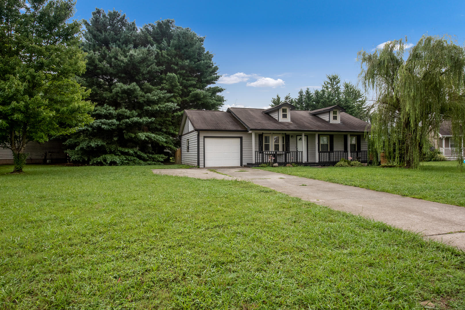 3141 Valemont, Maryville, Tennessee, United States 37803, 3 Bedrooms Bedrooms, ,2 BathroomsBathrooms,Single Family,For Sale,Valemont,1126018