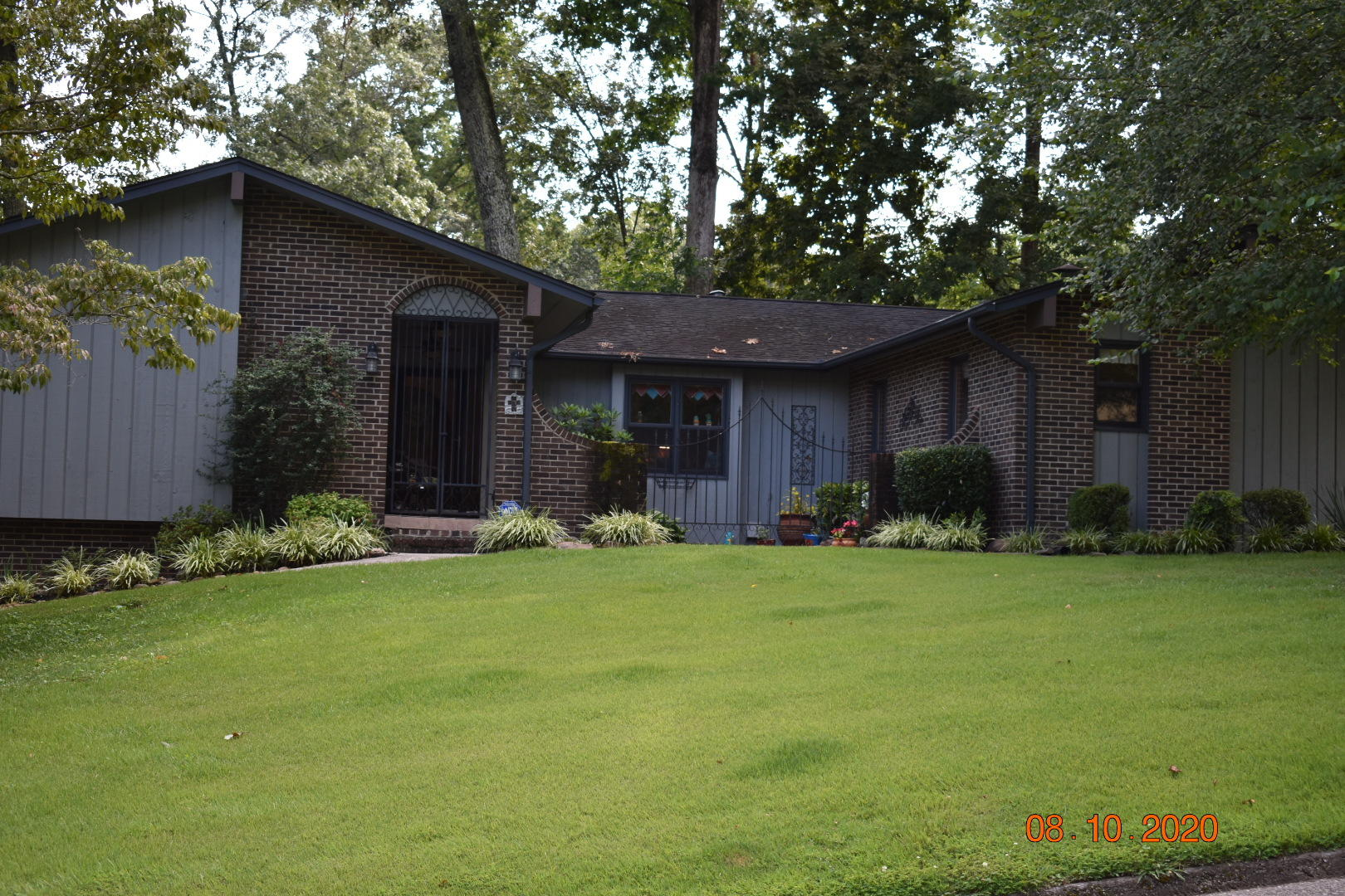 7921 Whitcomb, Powell, Tennessee, United States 37849, 3 Bedrooms Bedrooms, ,3 BathroomsBathrooms,Single Family,For Sale,Whitcomb,1126205