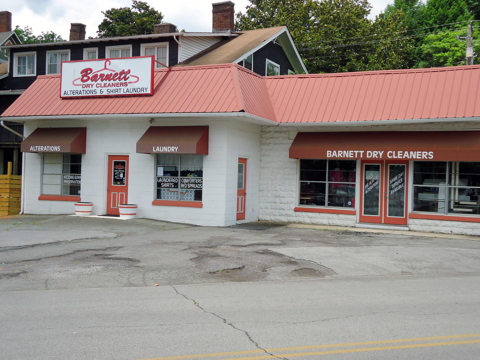 201 Mayes, Sweetwater, Tennessee, United States 37874, ,Commercial,For Sale,Mayes,1126275