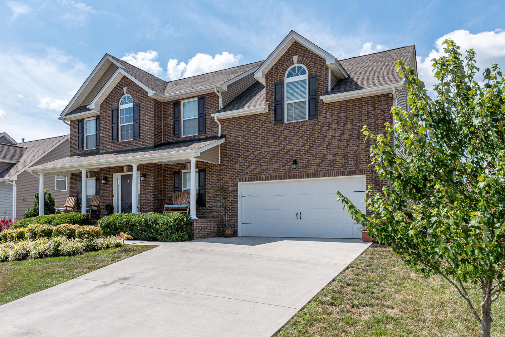 2848 Southwinds, Sevierville, Tennessee, United States 37876, 4 Bedrooms Bedrooms, ,2 BathroomsBathrooms,Single Family,For Sale,Southwinds,1126580