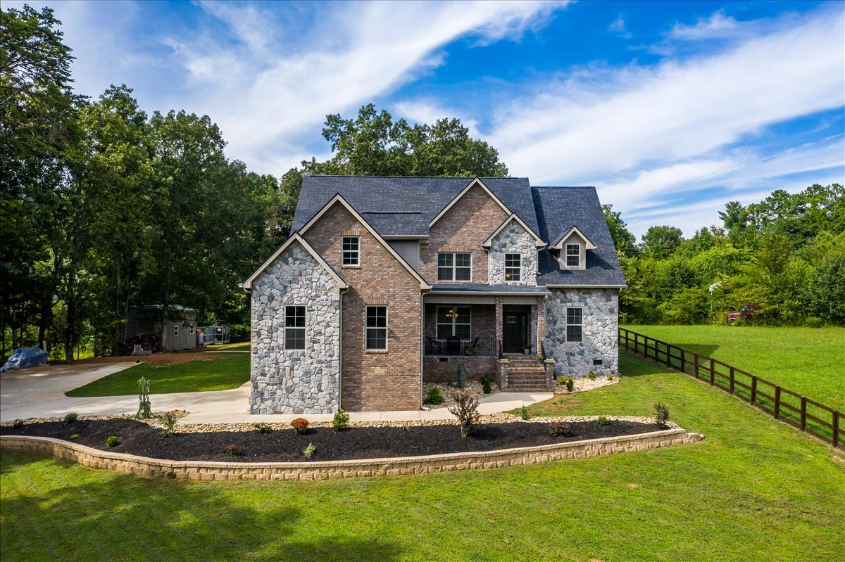 11920 Couch Mill, Knoxville, Tennessee, United States 37932, 4 Bedrooms Bedrooms, ,3 BathroomsBathrooms,Single Family,For Sale,Couch Mill,1126668