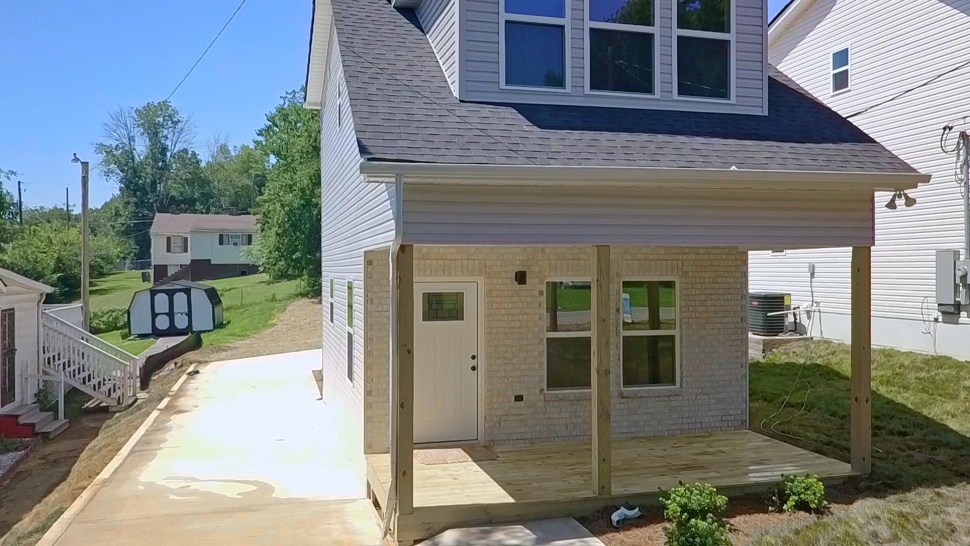 3405 Gap, Knoxville, Tennessee, United States 37921, 2 Bedrooms Bedrooms, ,1 BathroomBathrooms,Single Family,For Sale,Gap,1116103