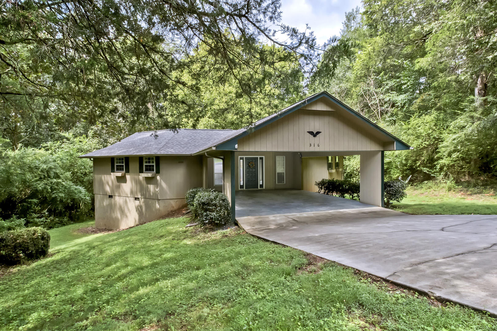 316 Cheeyo, Loudon, Tennessee, United States 37774, 2 Bedrooms Bedrooms, ,2 BathroomsBathrooms,Single Family,For Sale,Cheeyo,1128693