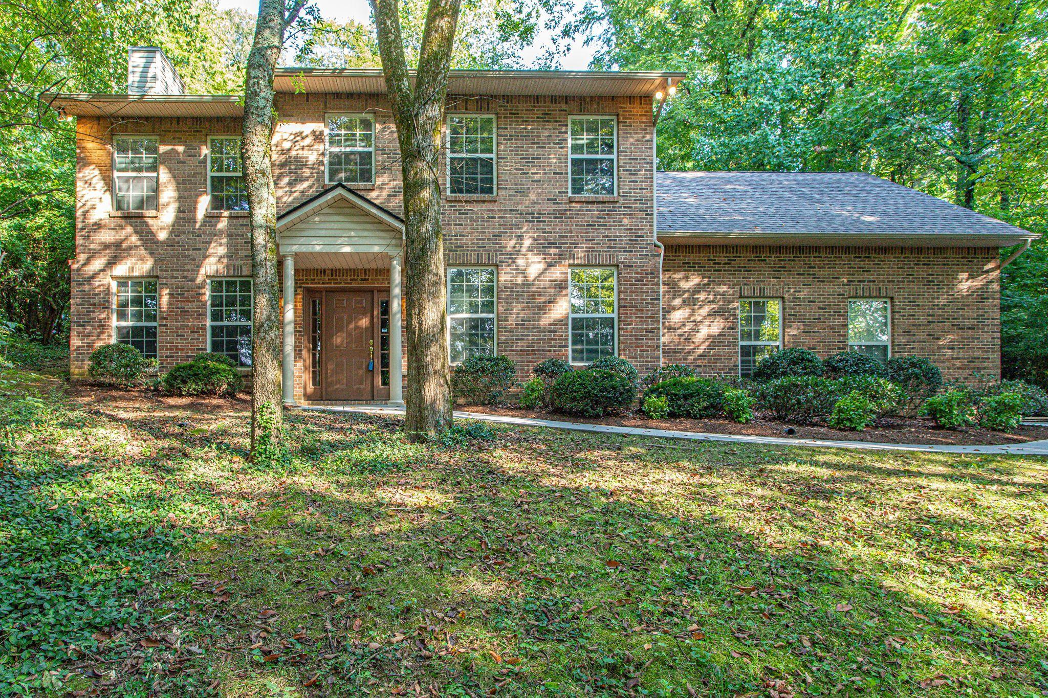 4813 Skyline, Knoxville, Tennessee, United States 37914, 3 Bedrooms Bedrooms, ,2 BathroomsBathrooms,Single Family,For Sale,Skyline,1128029