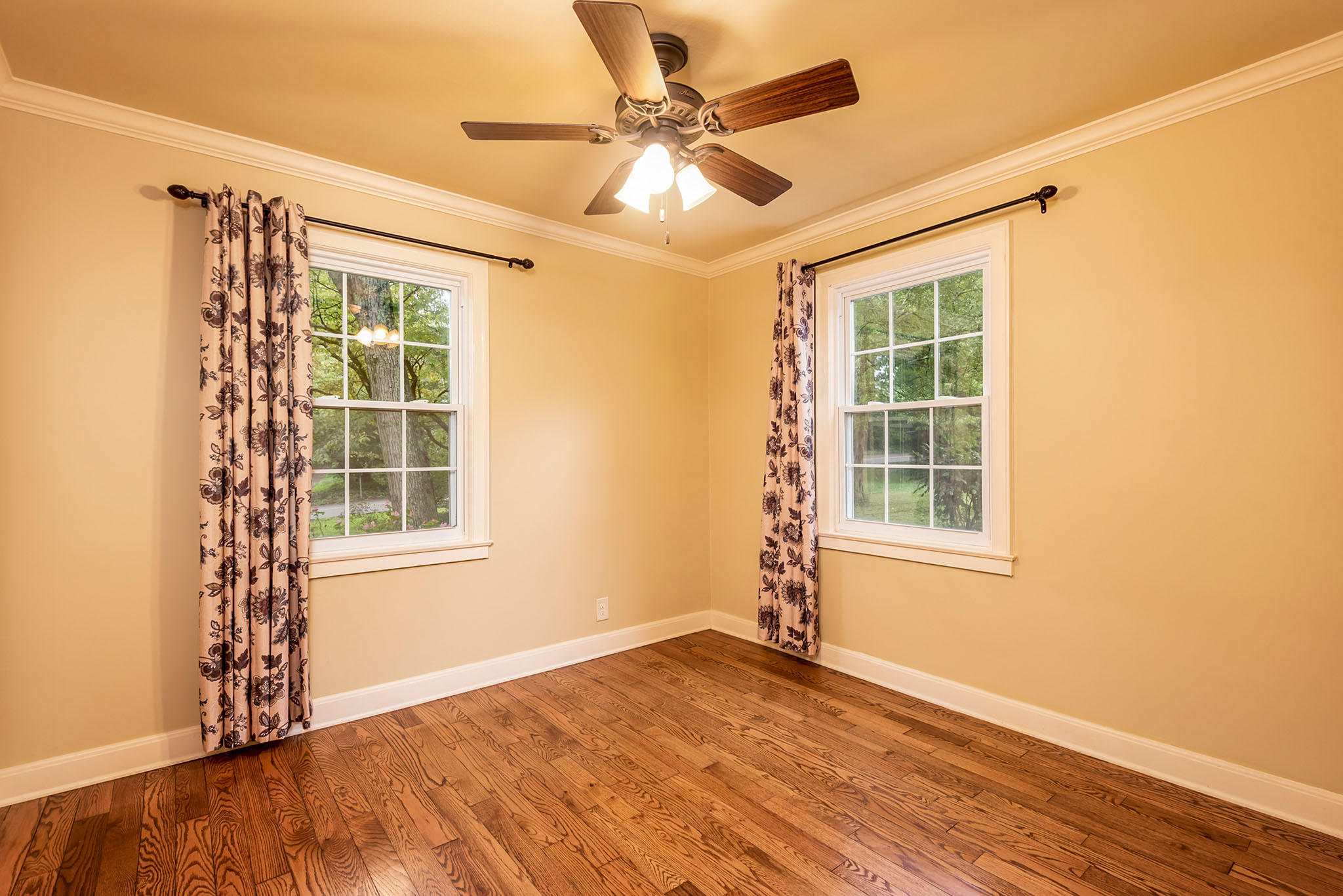 1503 Southgate Rd, Knoxville, Tennessee 37919, 3 Bedrooms Bedrooms, ,2 BathroomsBathrooms,Single Family,For Sale,Southgate,1129893