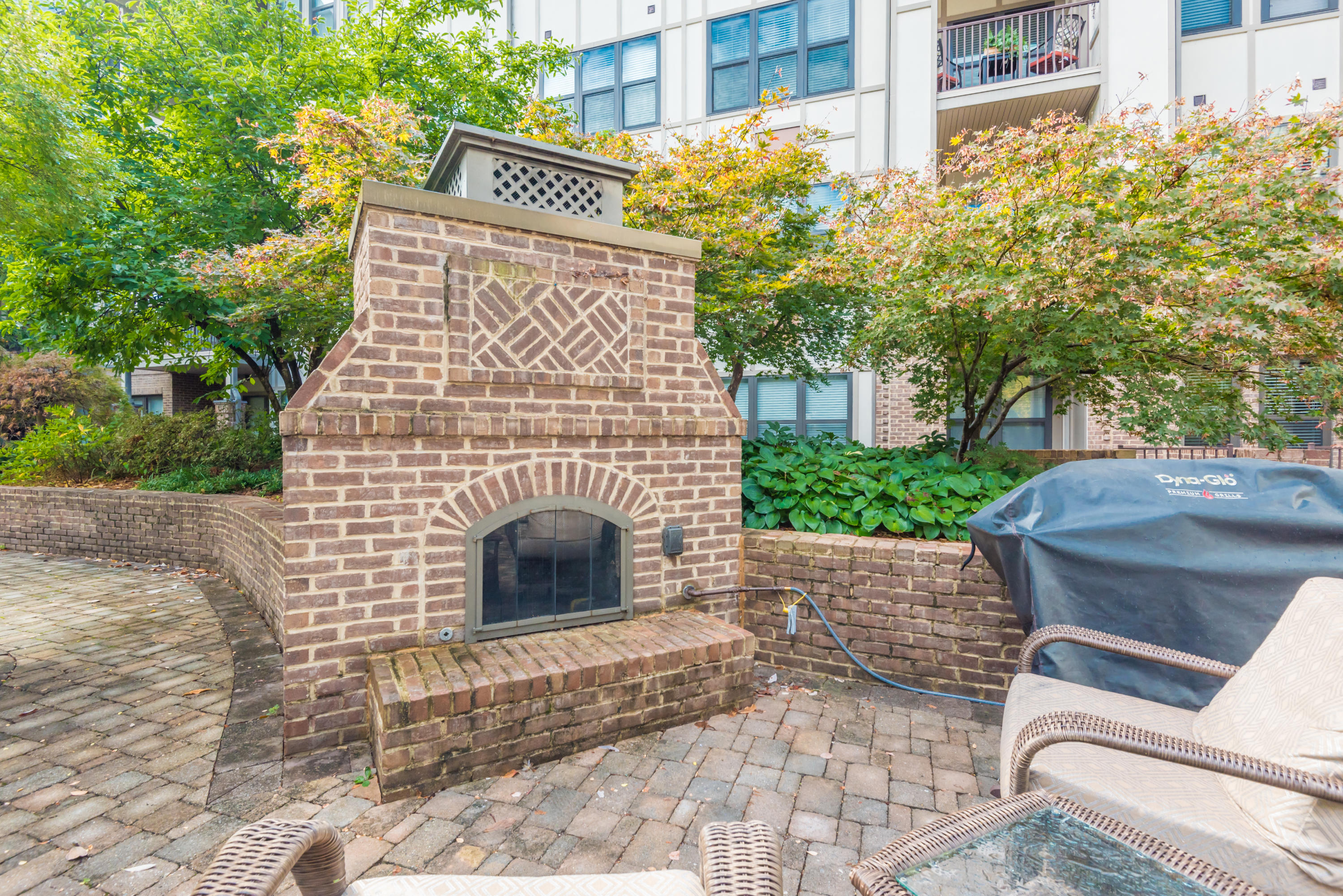 445 Blount Ave 408: