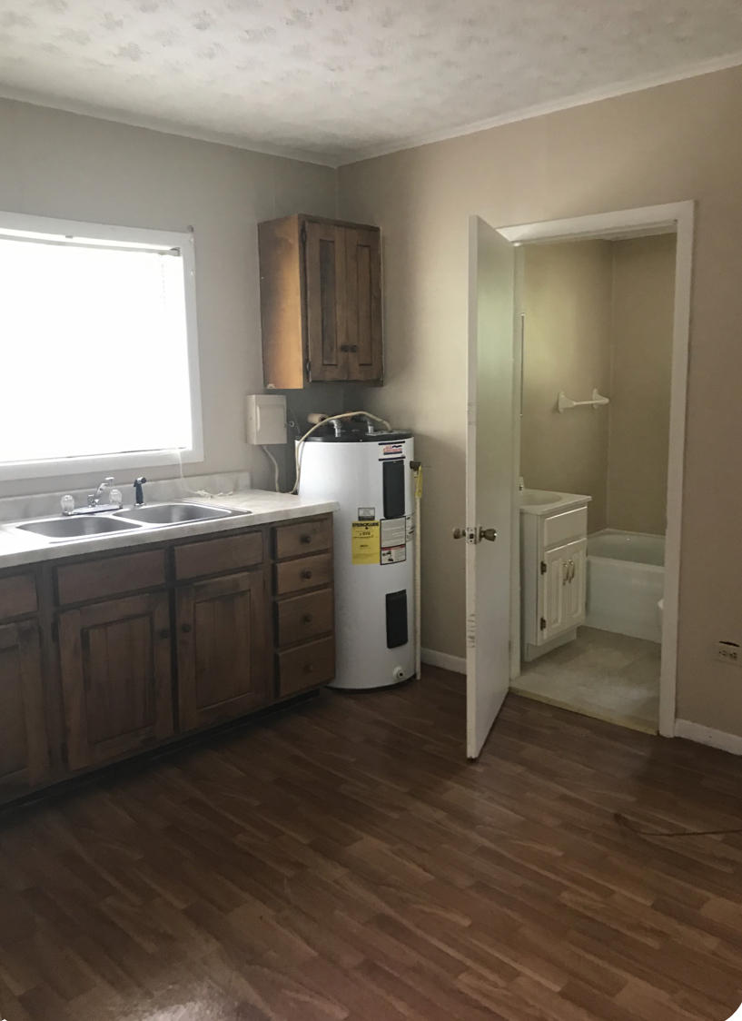 406 Maypather St, Loyall, Kentucky 40854, 2 Bedrooms Bedrooms, ,2 BathroomsBathrooms,Single Family,For Sale,Maypather,1129882